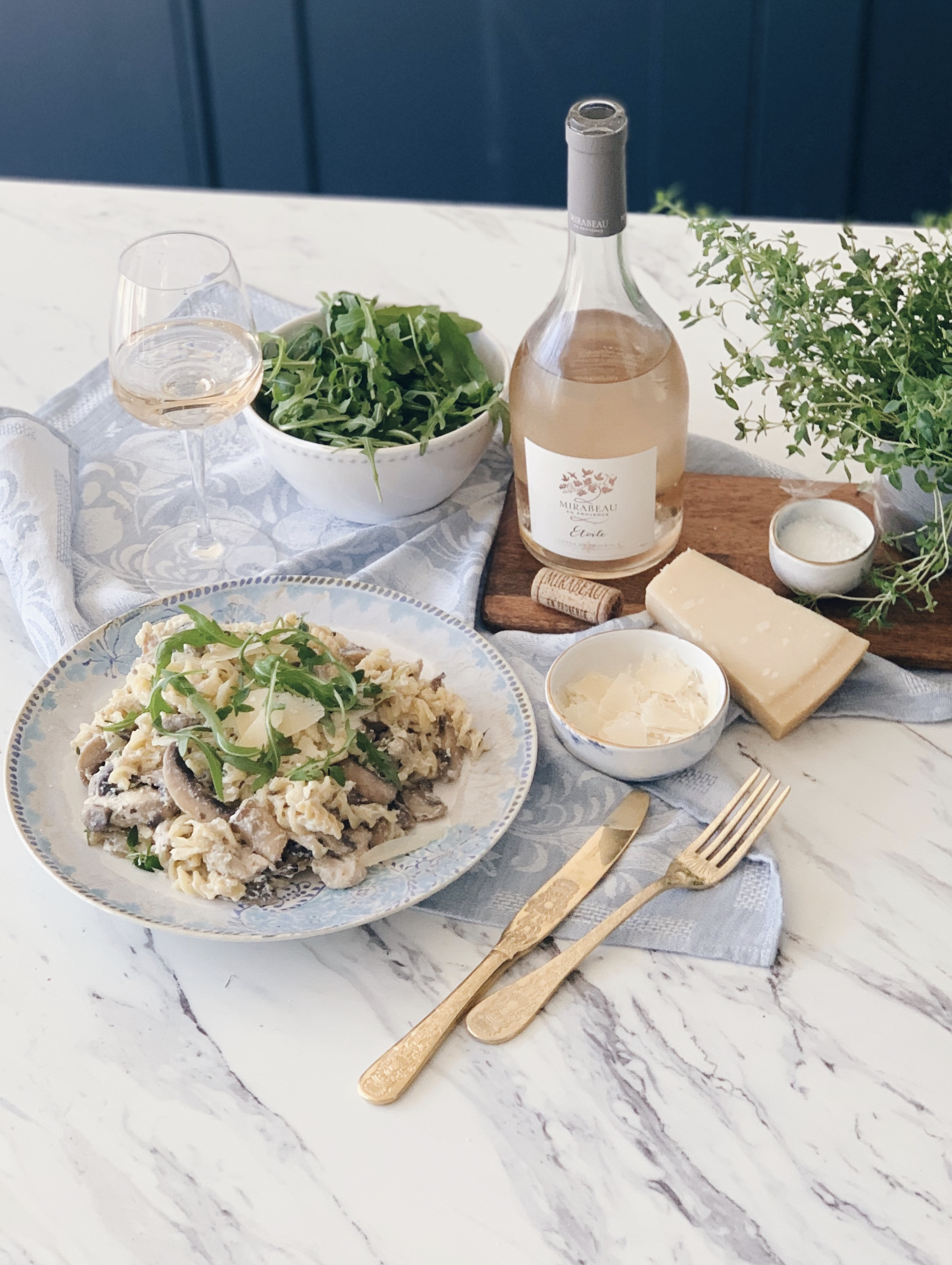 Mirabeau Rosé Etoile - Food Styling Mushroom and Chicken Pasta