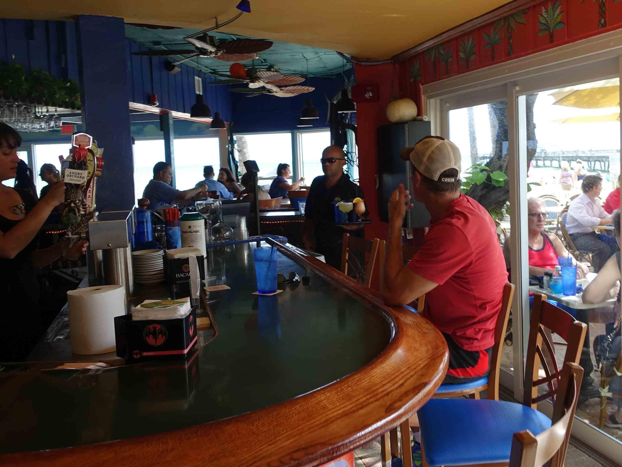 Aruba Beach Cafe Bar