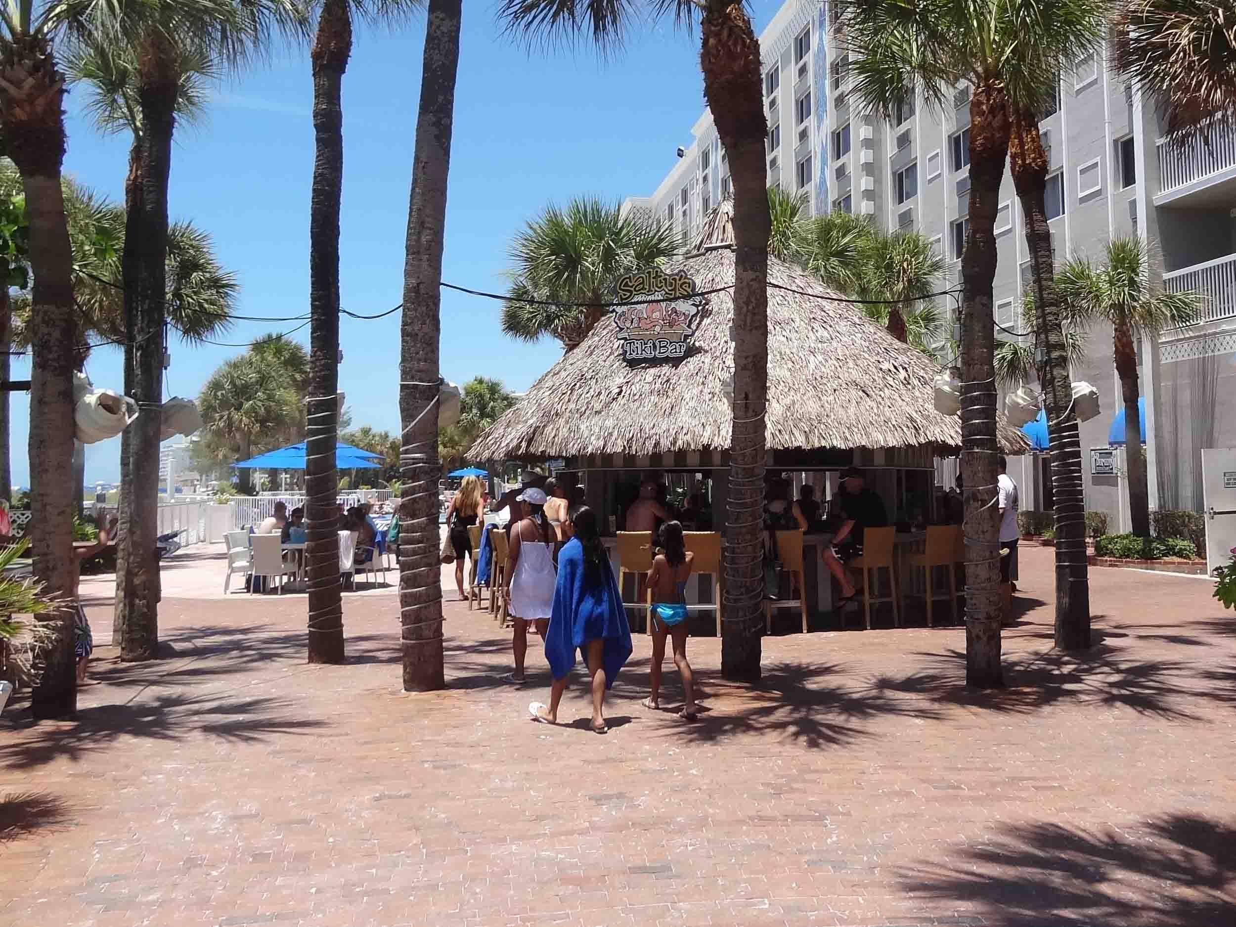 Salty's Tiki Bar Exterior