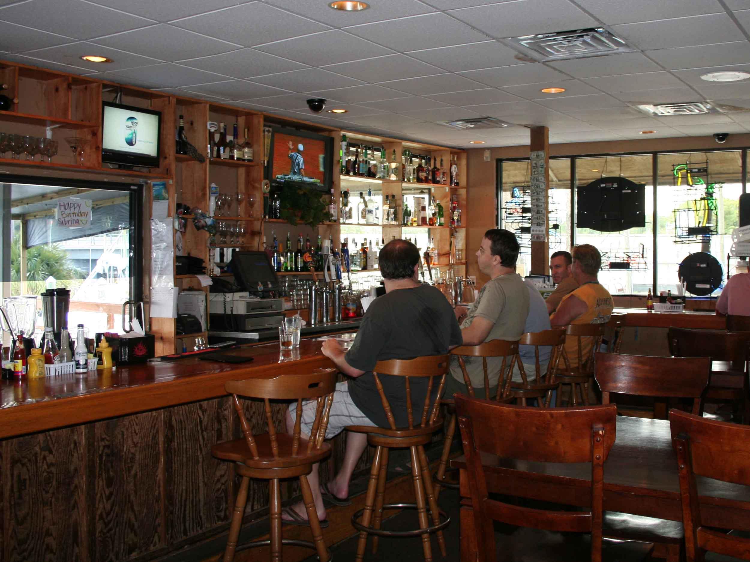 Sandollar Restaurant and Marina Bar