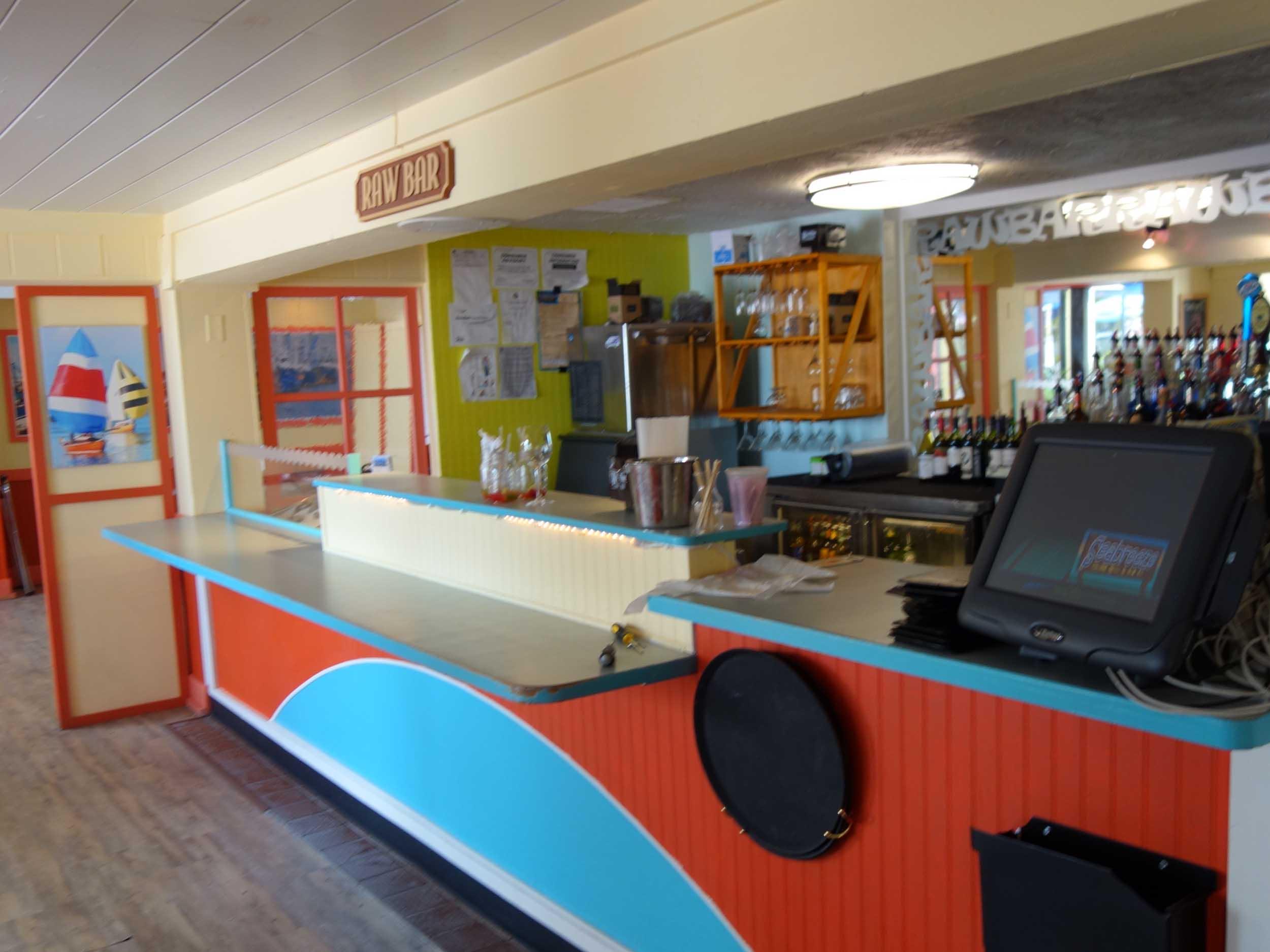 Seabreeze Island Grill Raw Bar