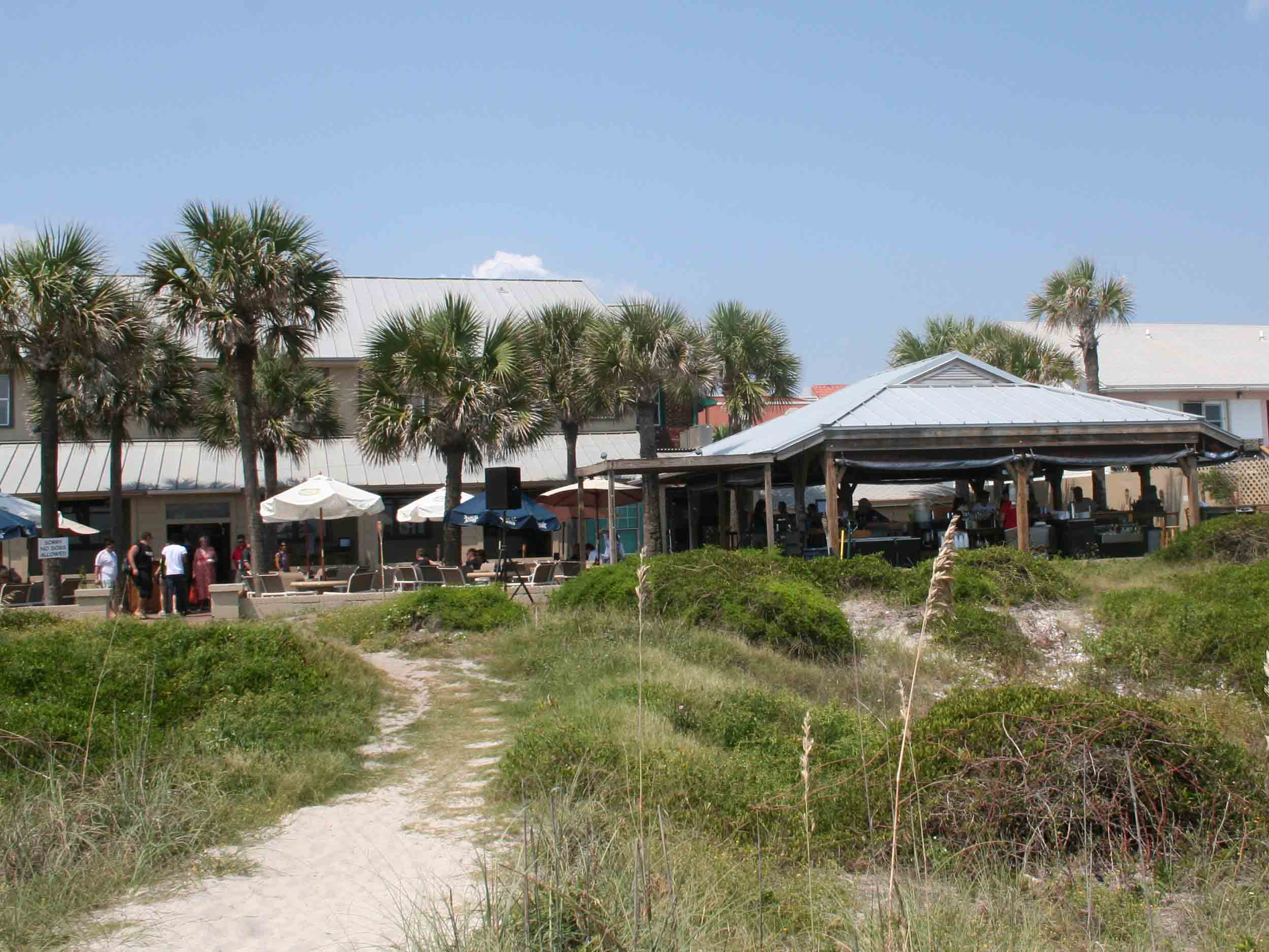 Sliders Seaside Grill Exterior