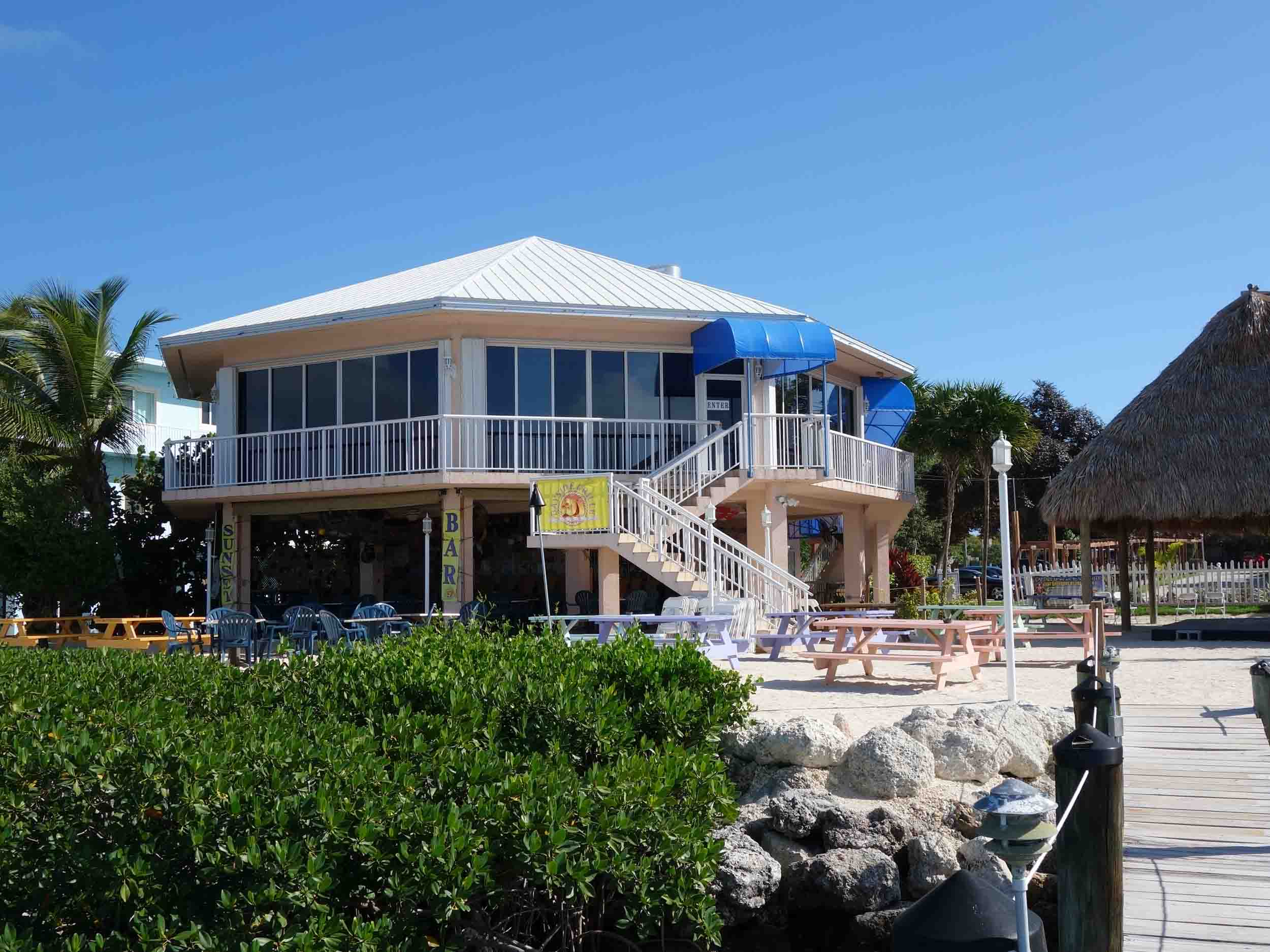 Bayside Grille Exterior