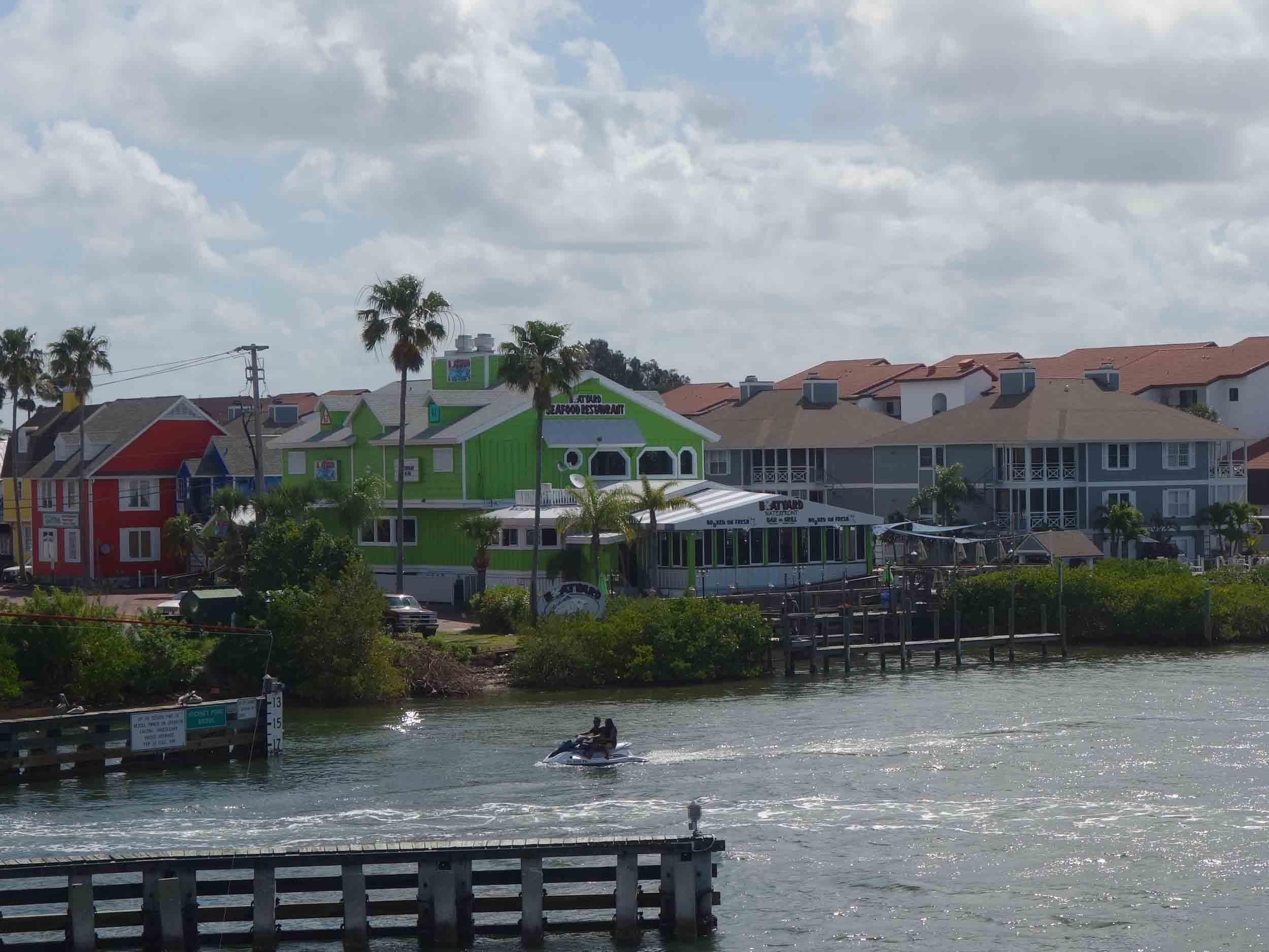 Boatyard Waterfront Bar and Grill Exterior