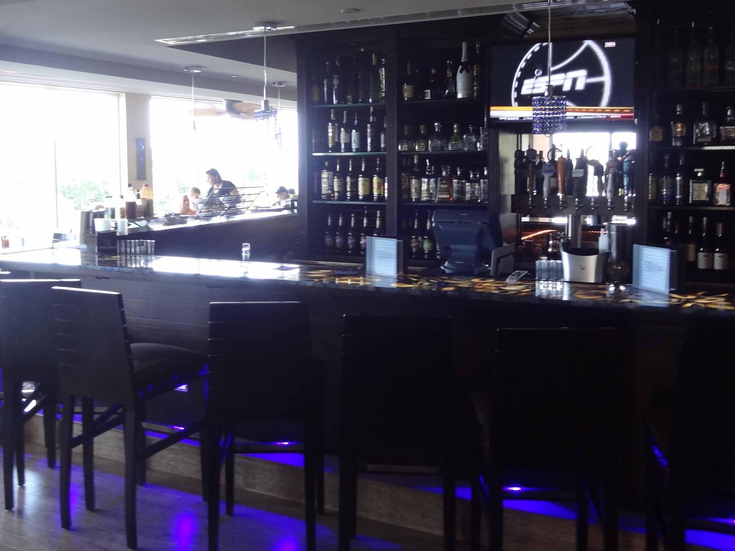 Boston's on the Beach Interior Bar