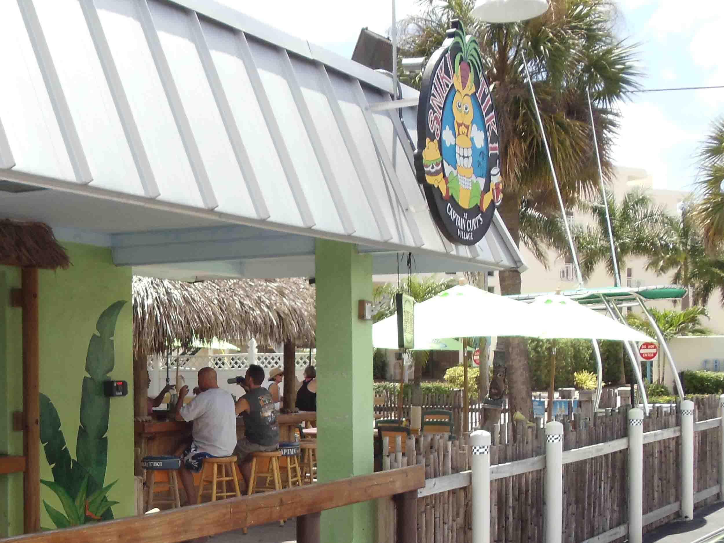 Captain Curt's Sniki Tiki Bar