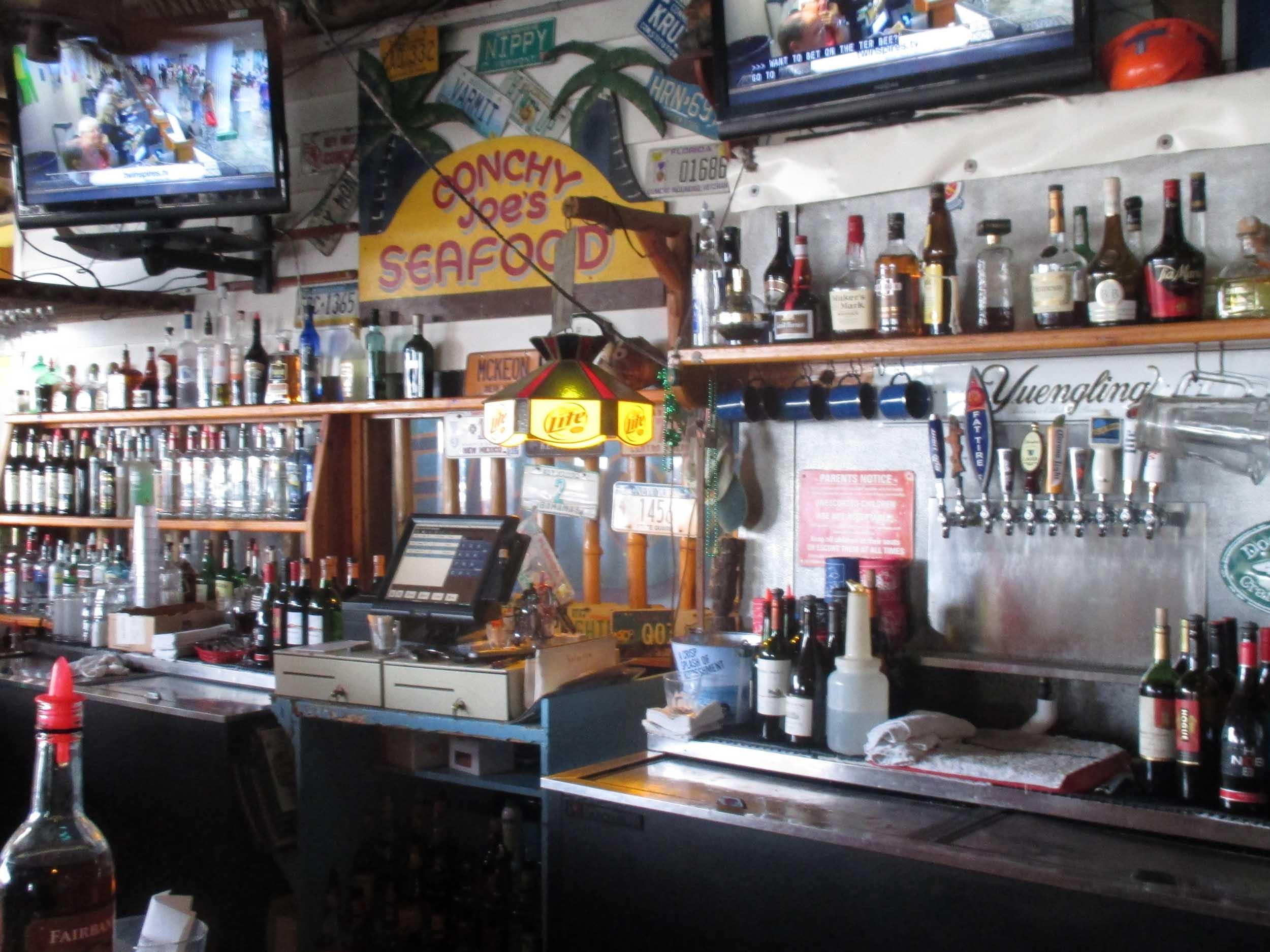 Conchy Joe's Inside Bar