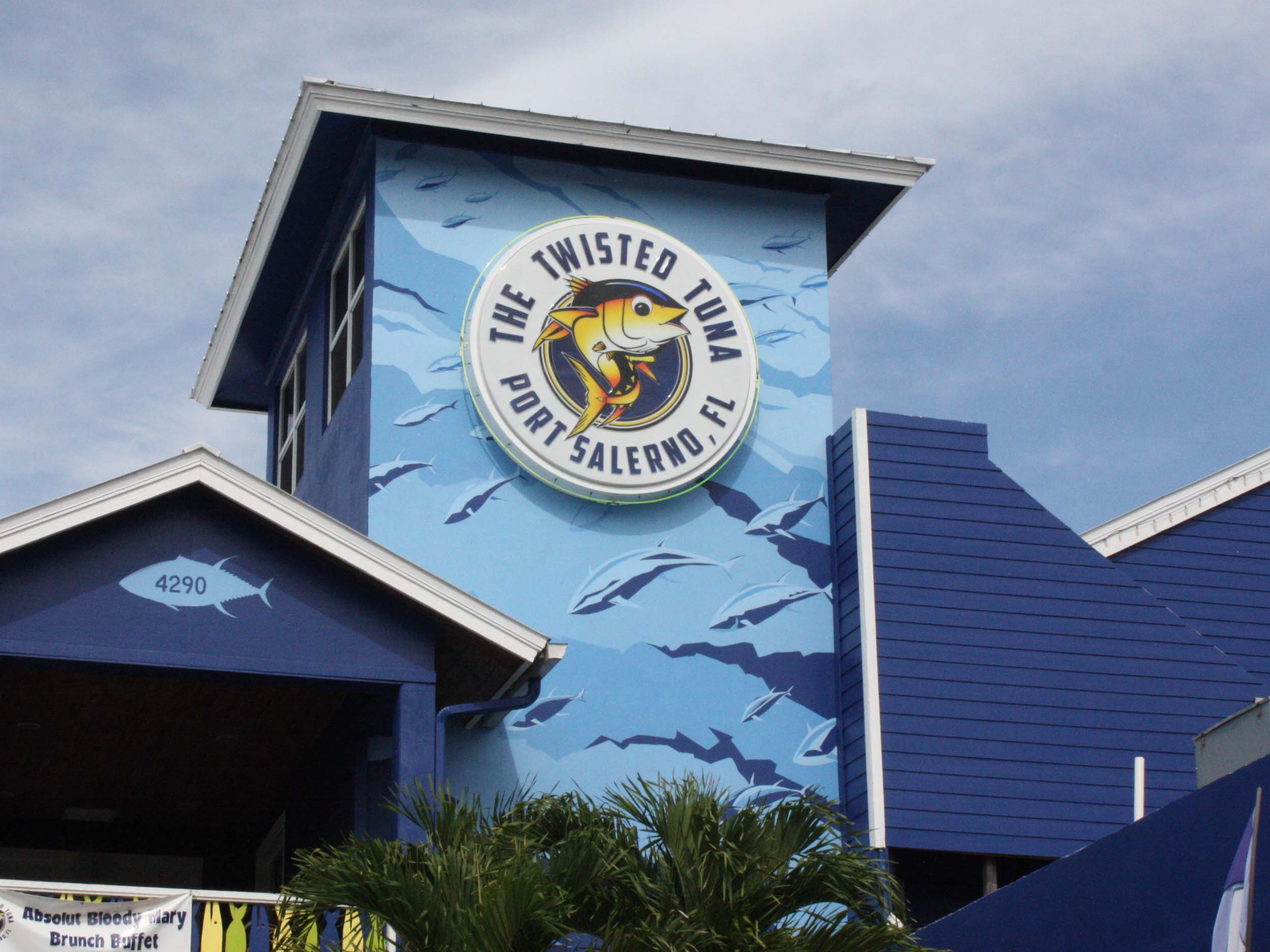 The Twisted Tuna Exterior