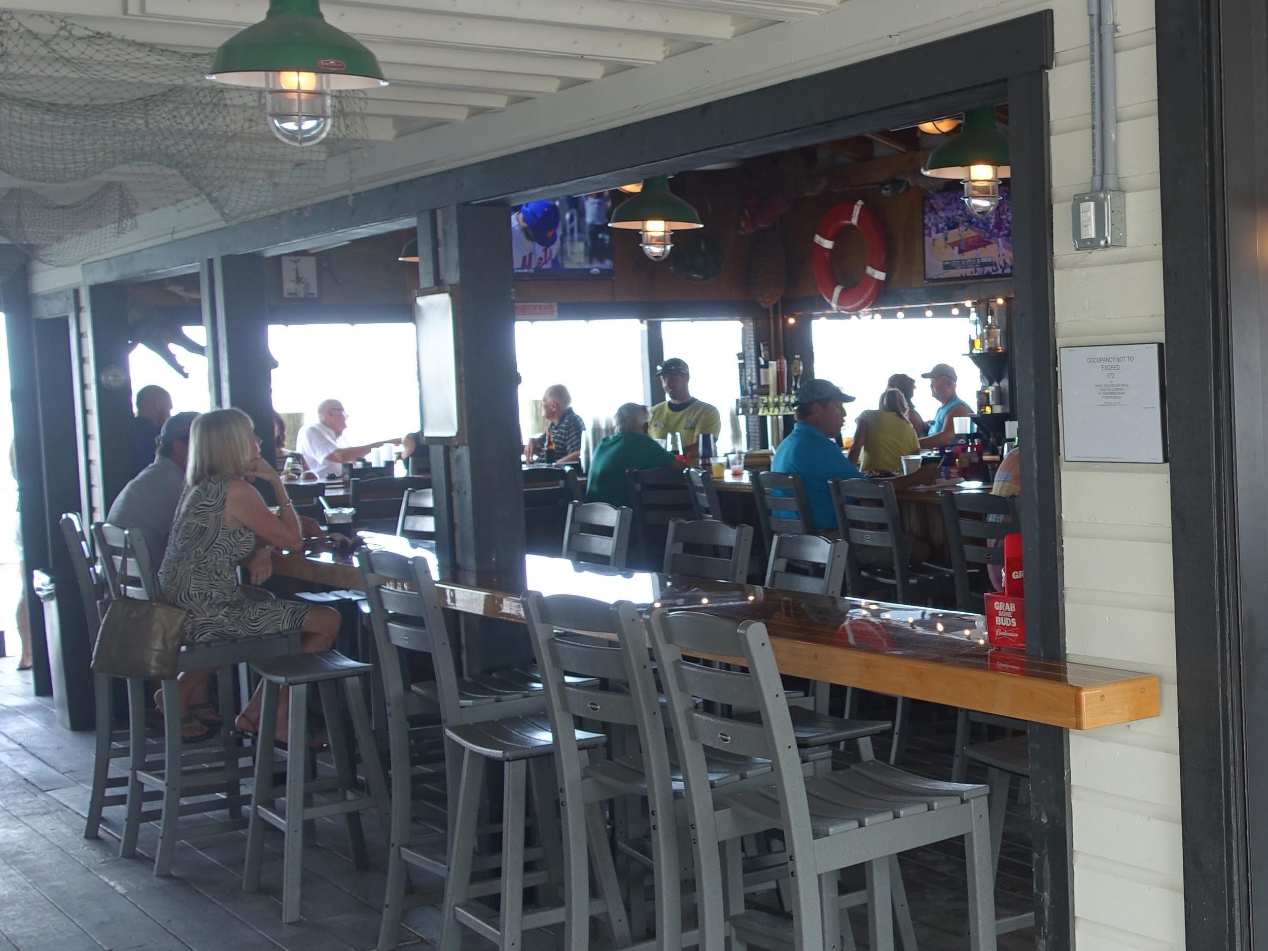 Dixie Fish Company Bar