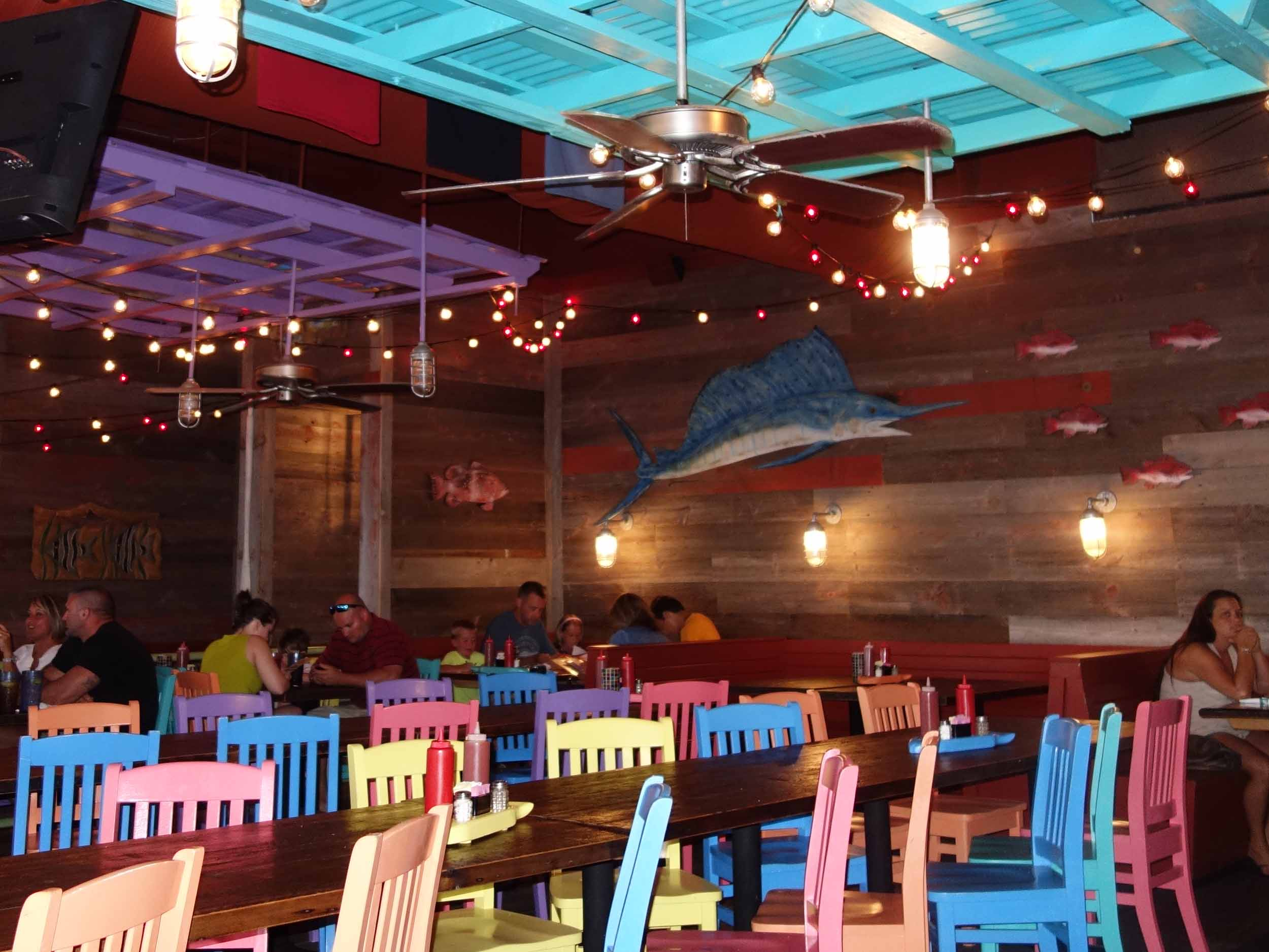 Pompano Joe's Interior Dining Area