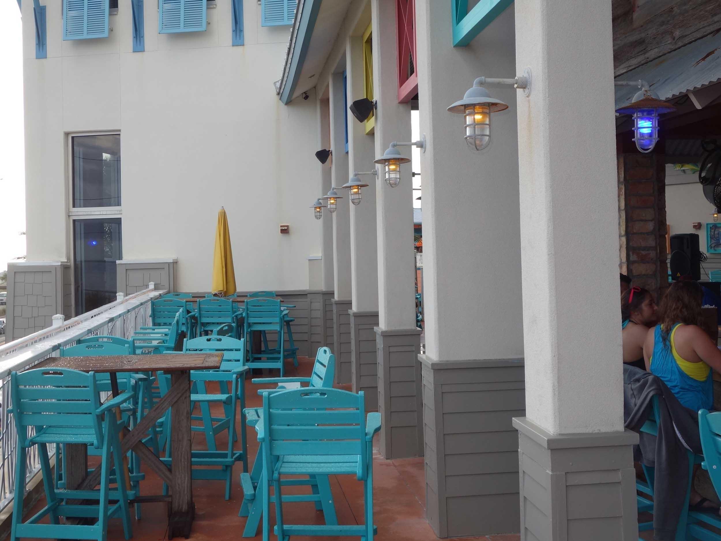 Pompano Joe's Patio Dining Area
