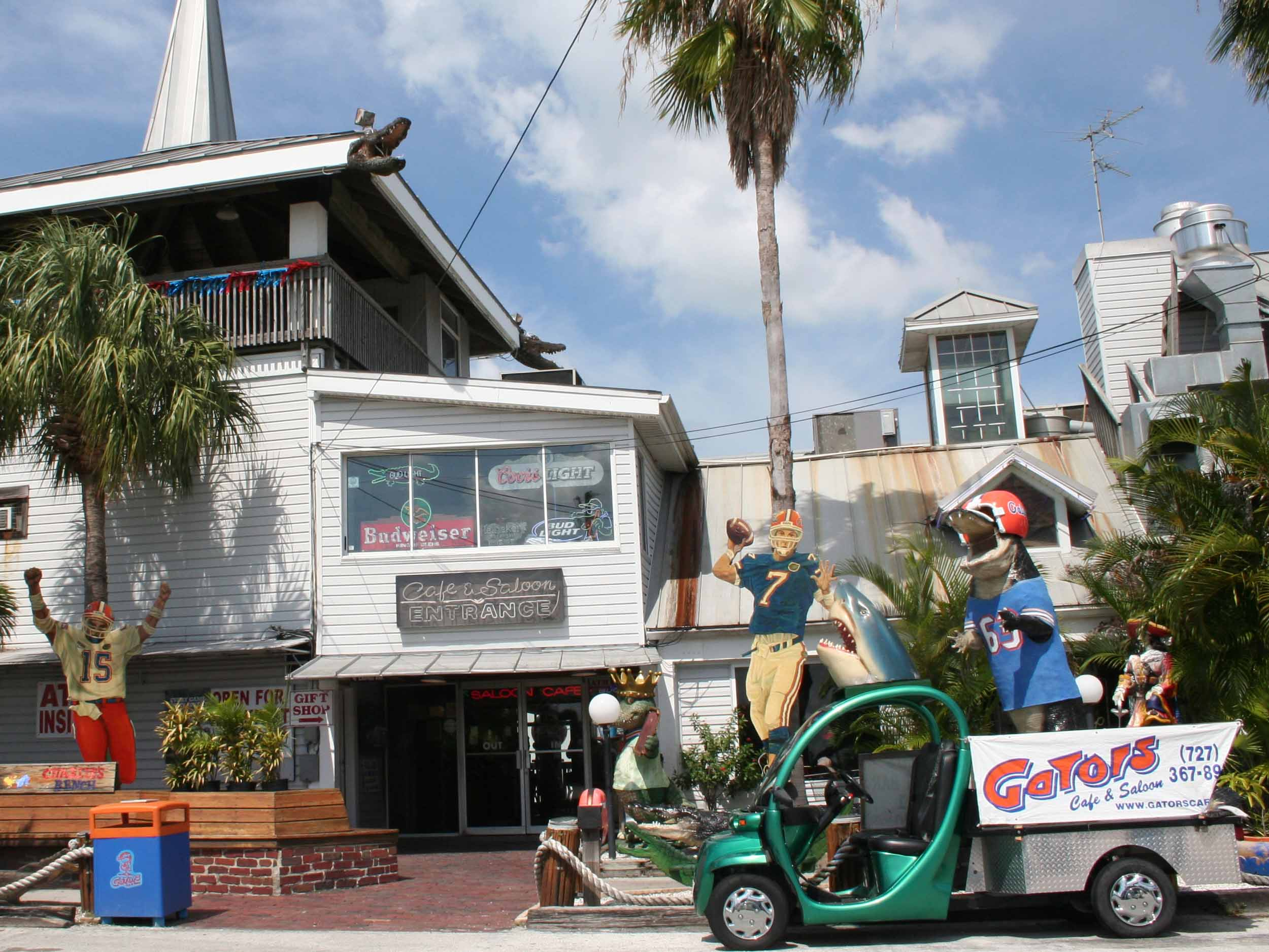 Gator's Cafe and Saloon Exterior