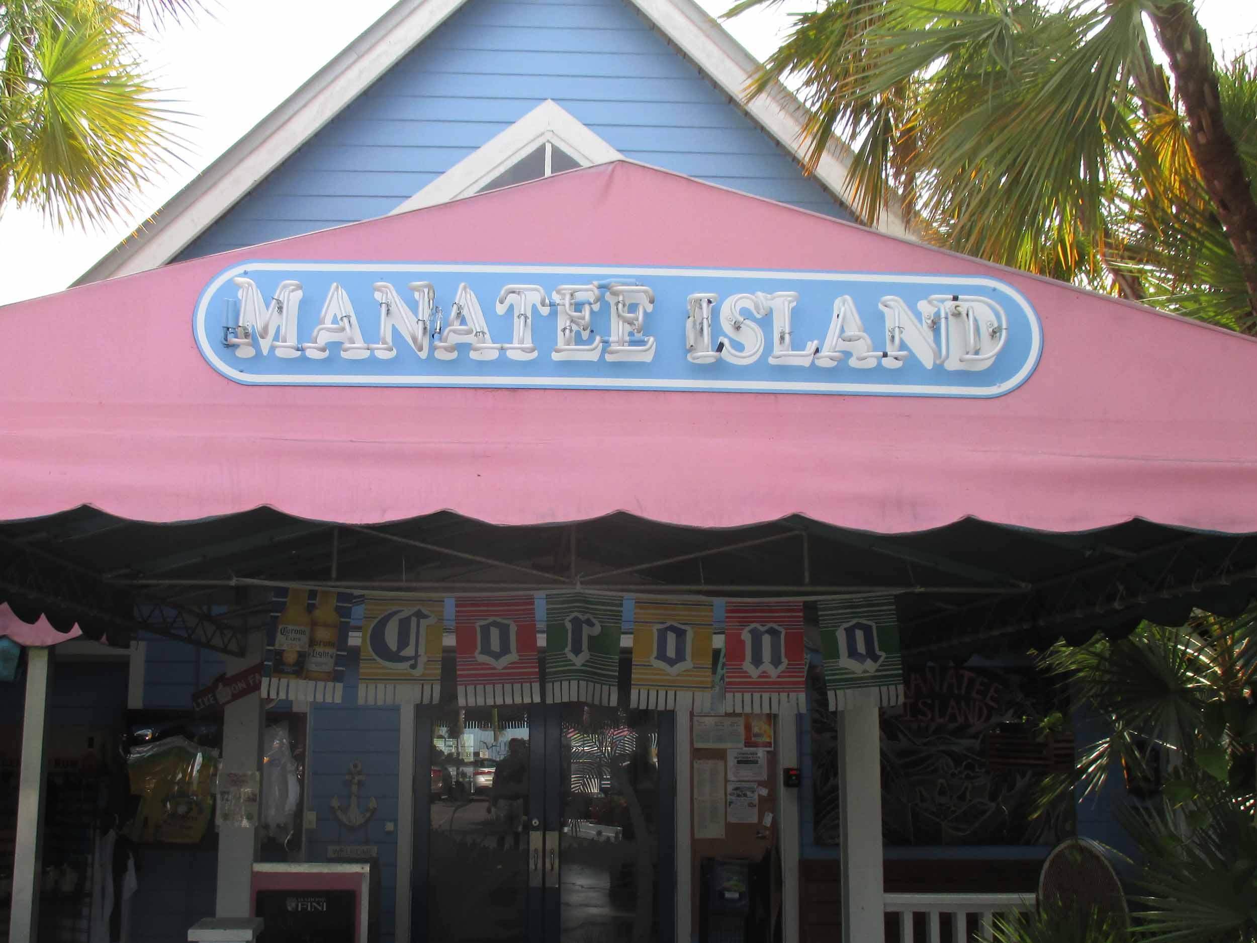 Manatee Island Bar and Grill Entrance