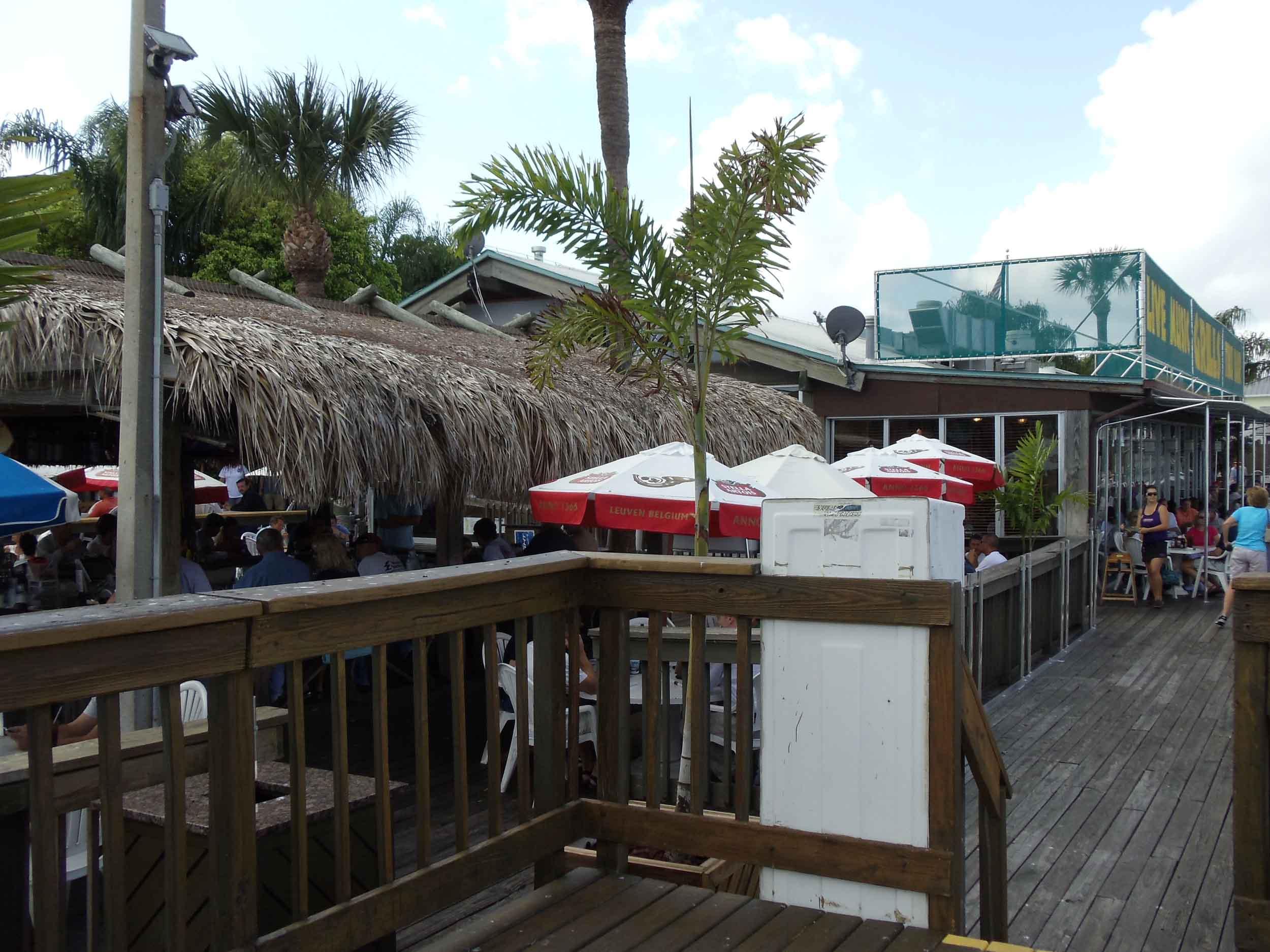 Grills Seafood Tiki Bar