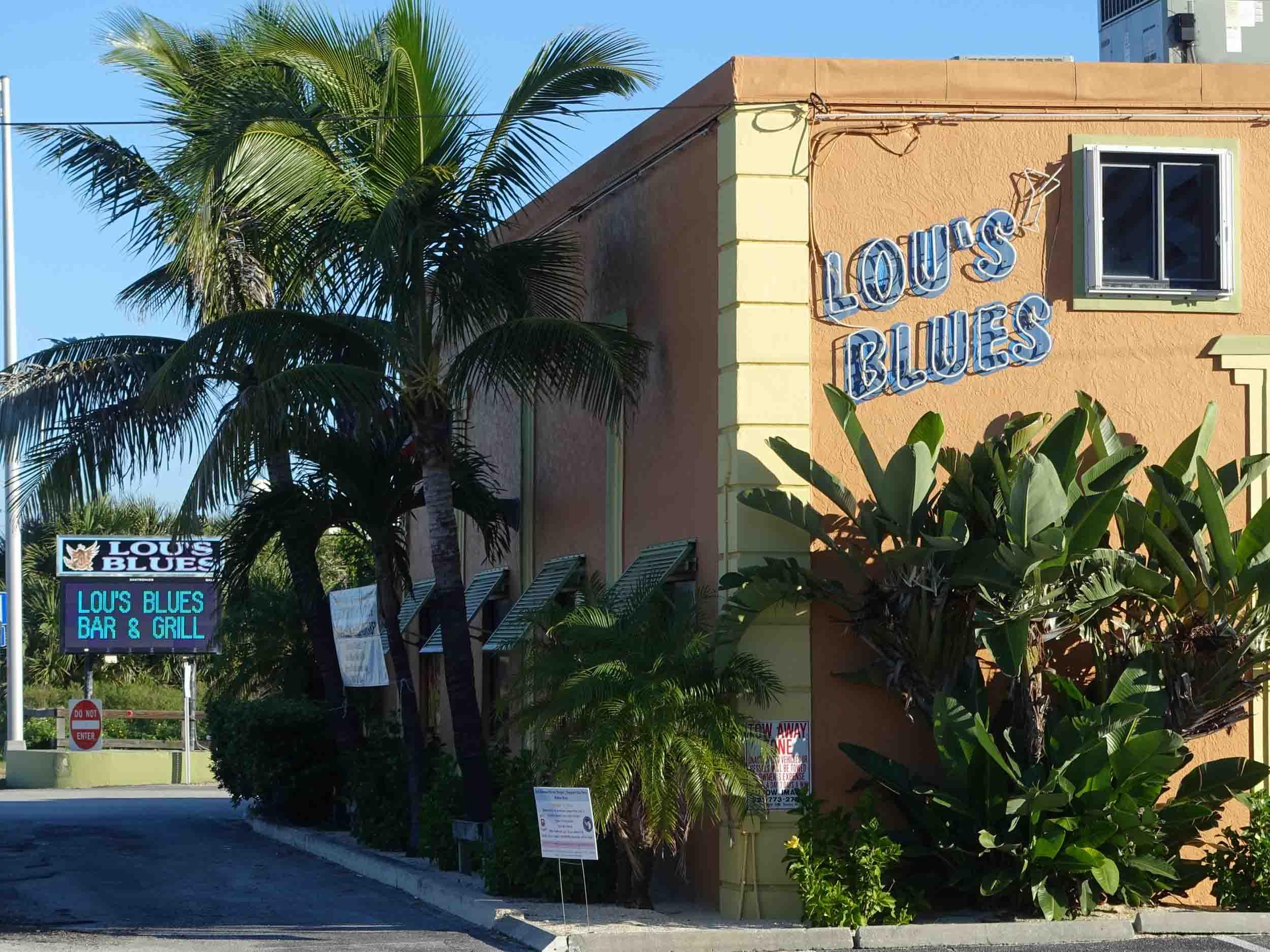 Lou's Blue Exterior