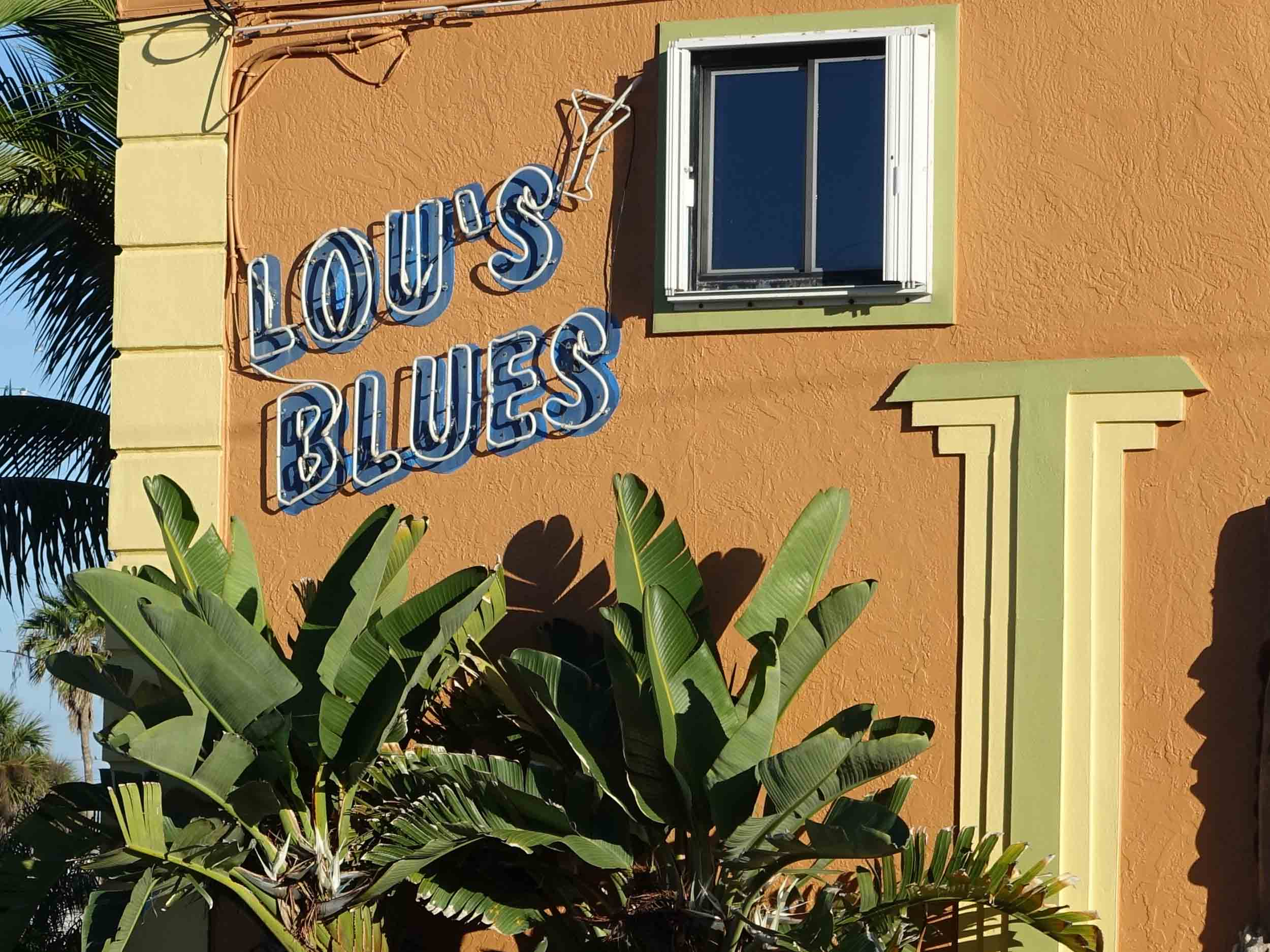 Lou's Blues Sign