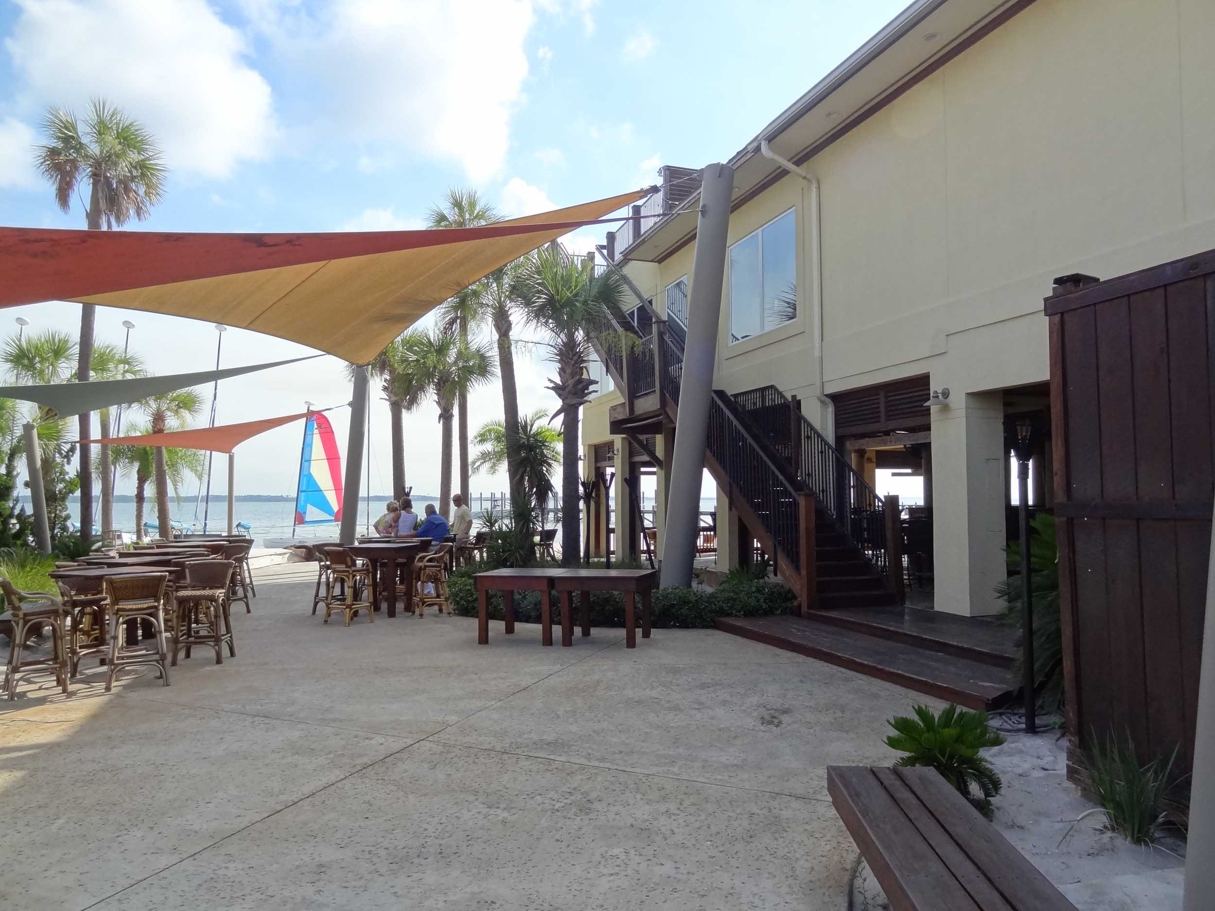 Hemingway's Island Grill Patio