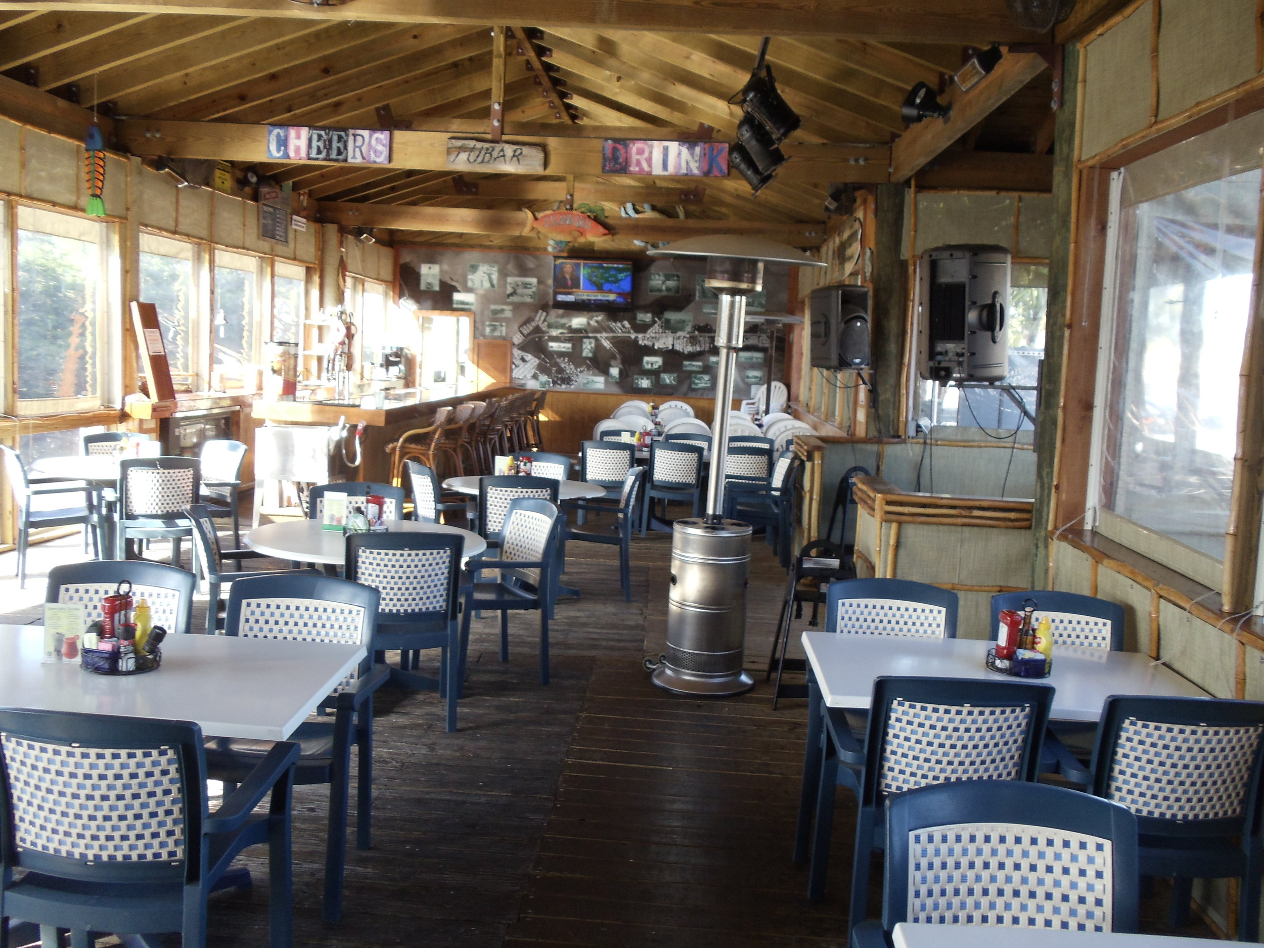 Island Grill Seating Area
