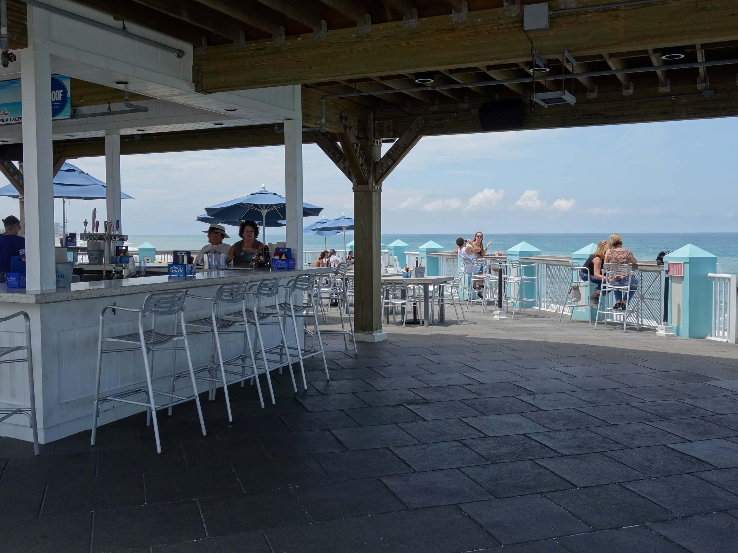 The Roof at Joe's Crab Shack Exterior