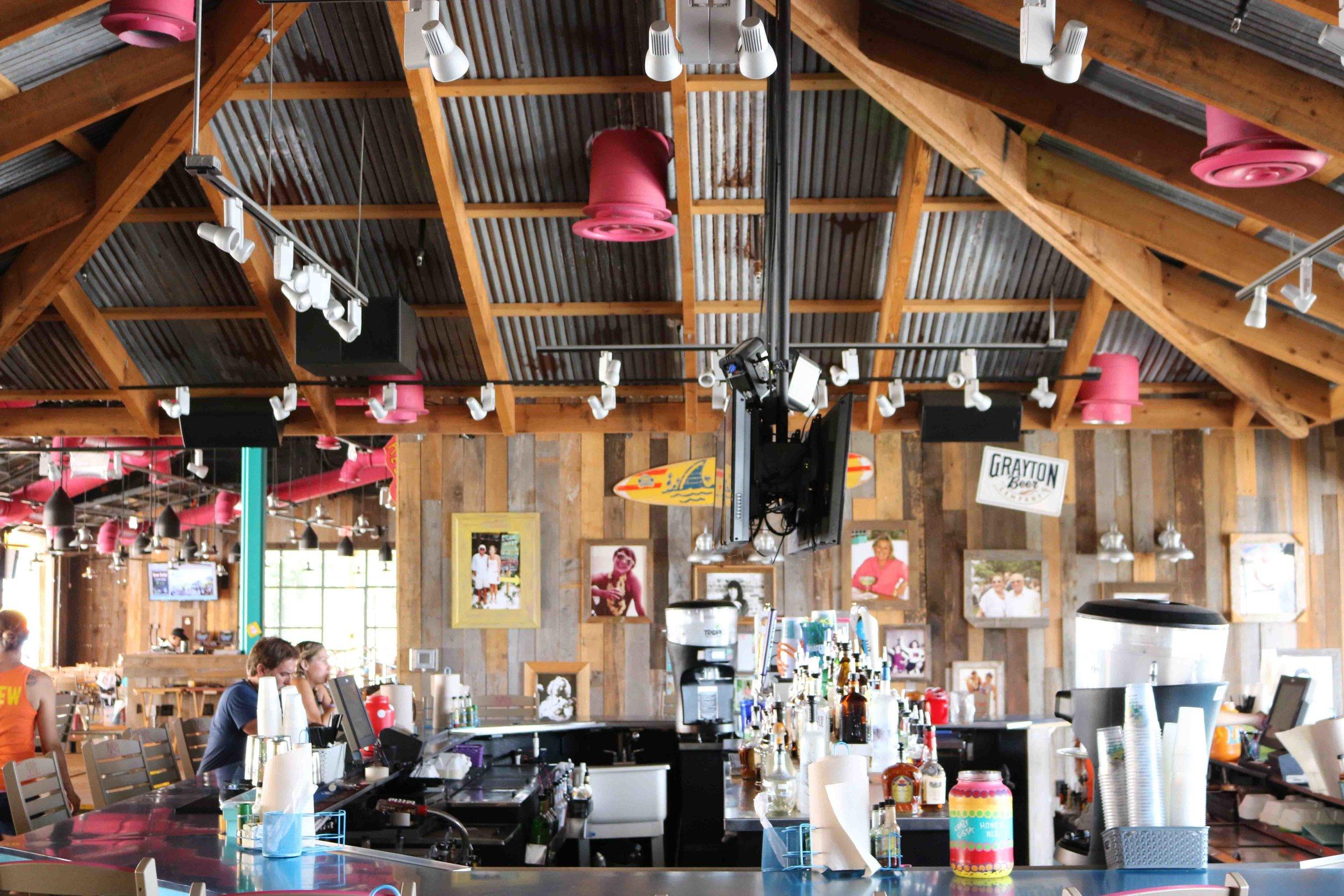 Lulu's Inside Bar