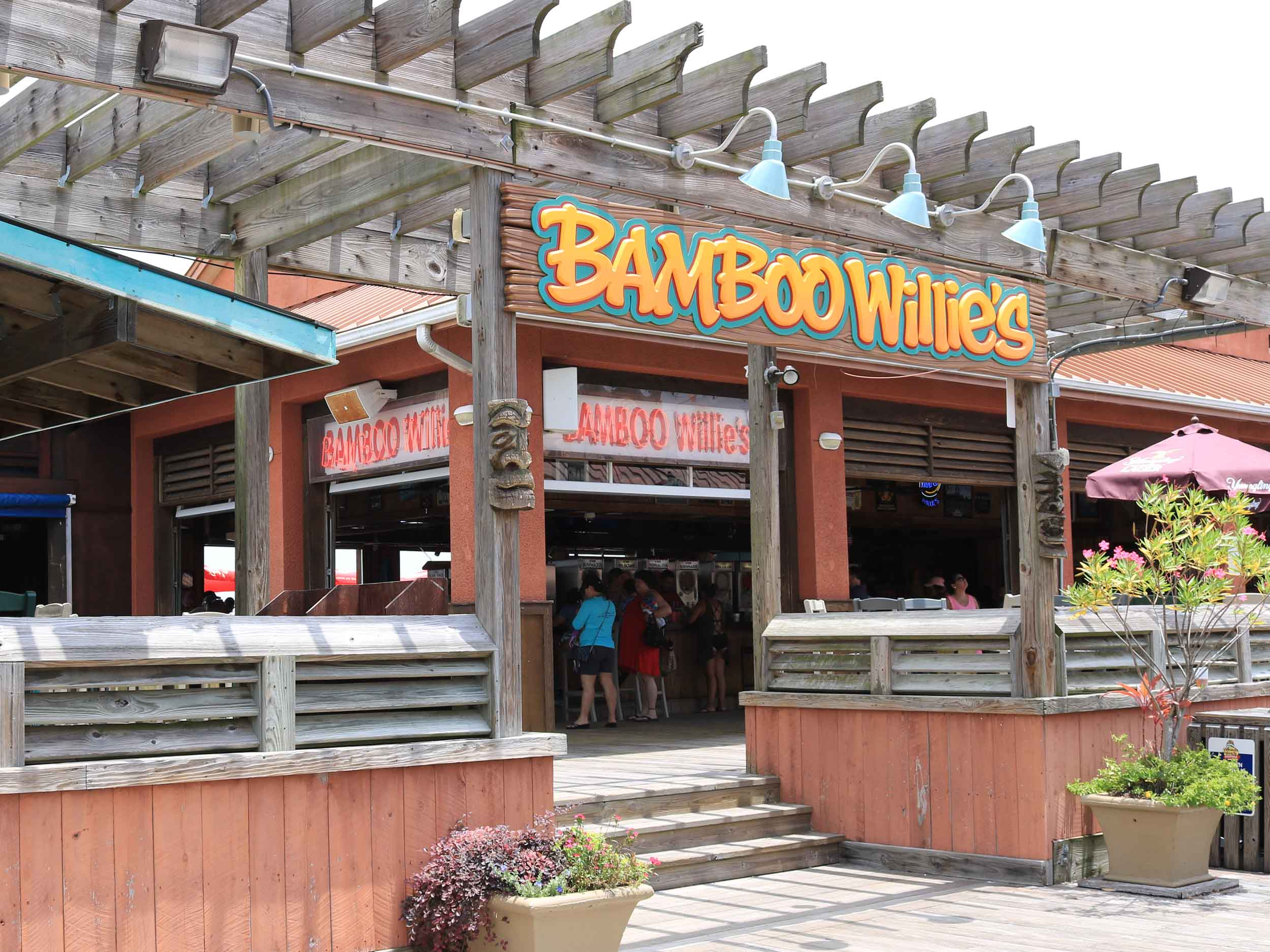 Bamboo Willies Beachside Bar Entrance
