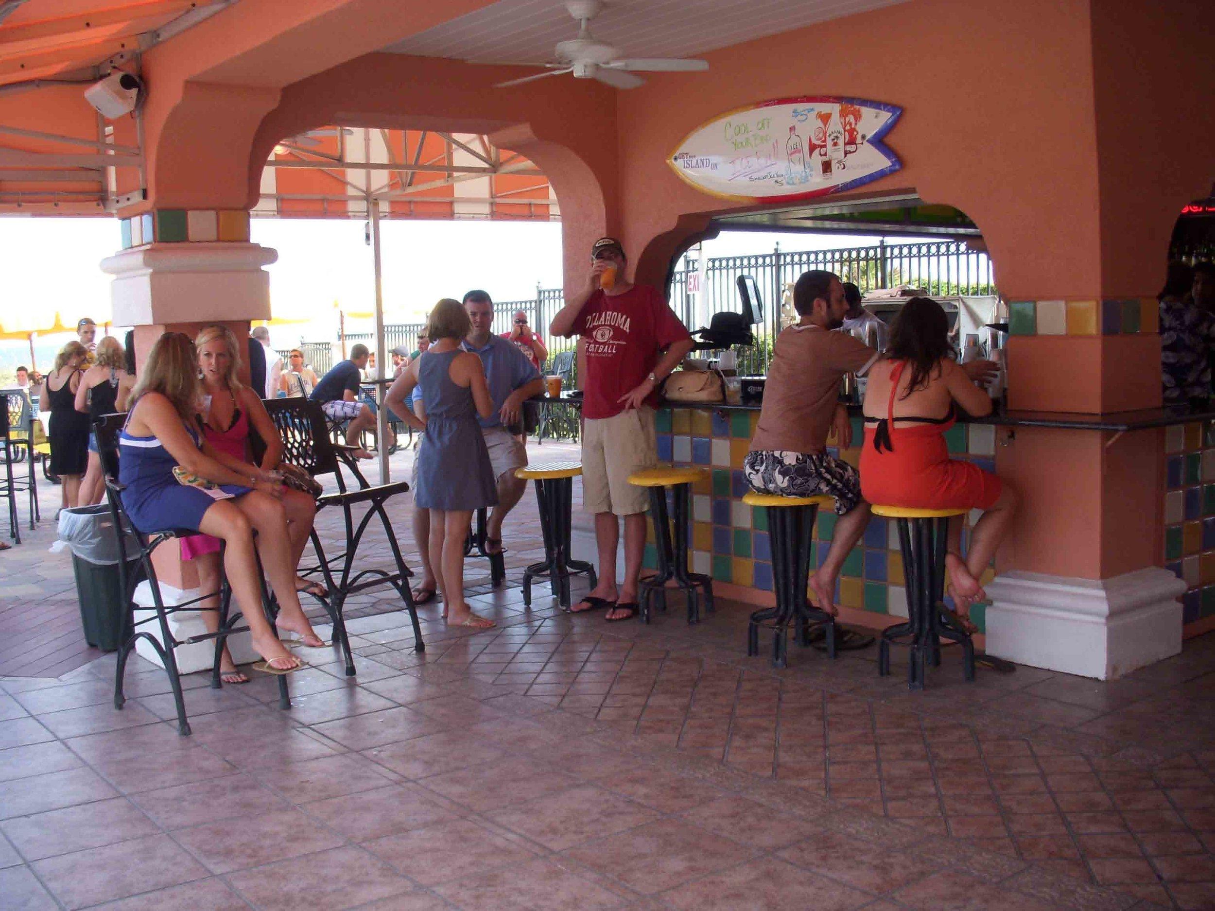 Lemon Bar Interior Bar