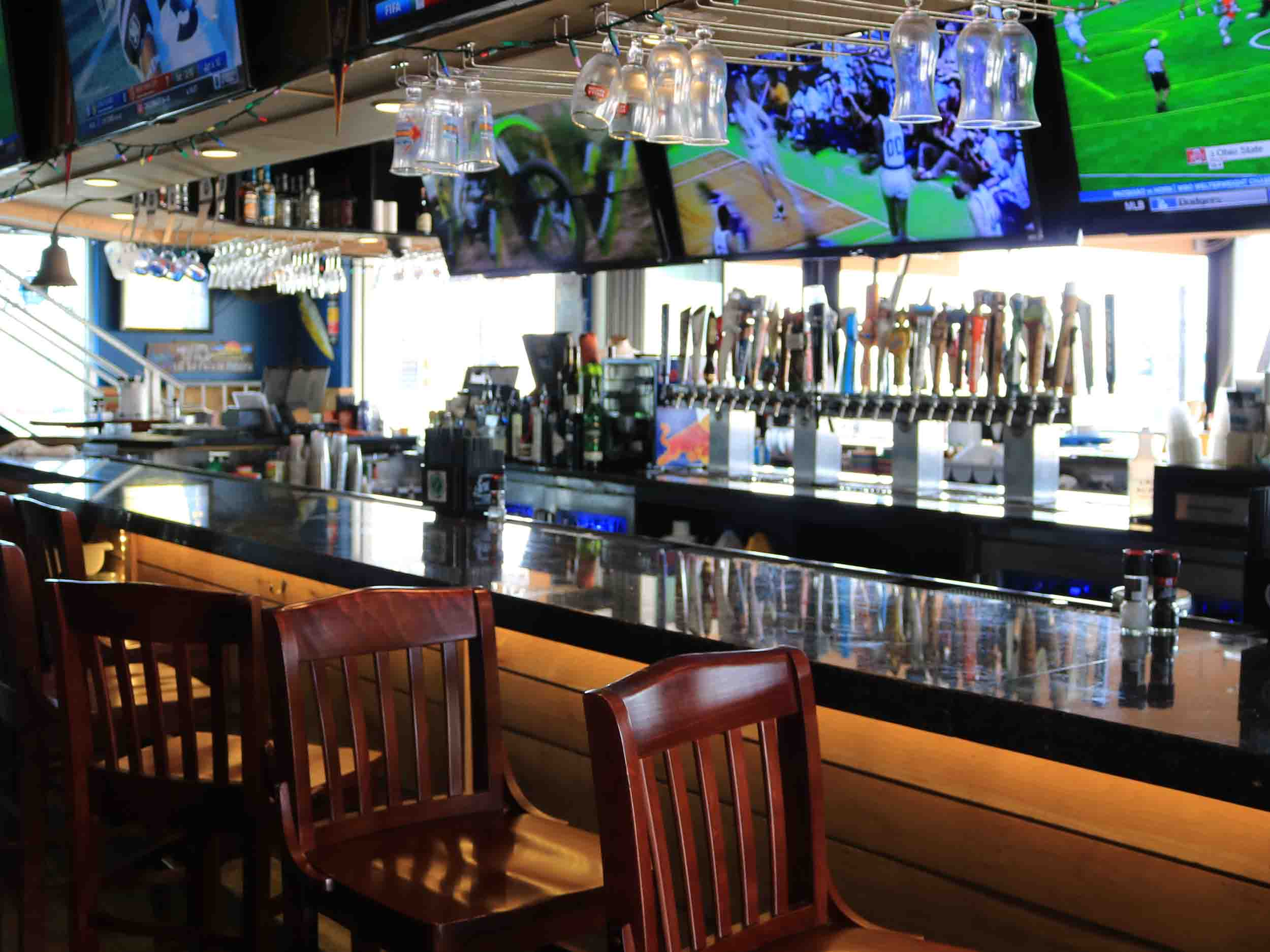 Tailfins, Ale House, and Oyster Bar