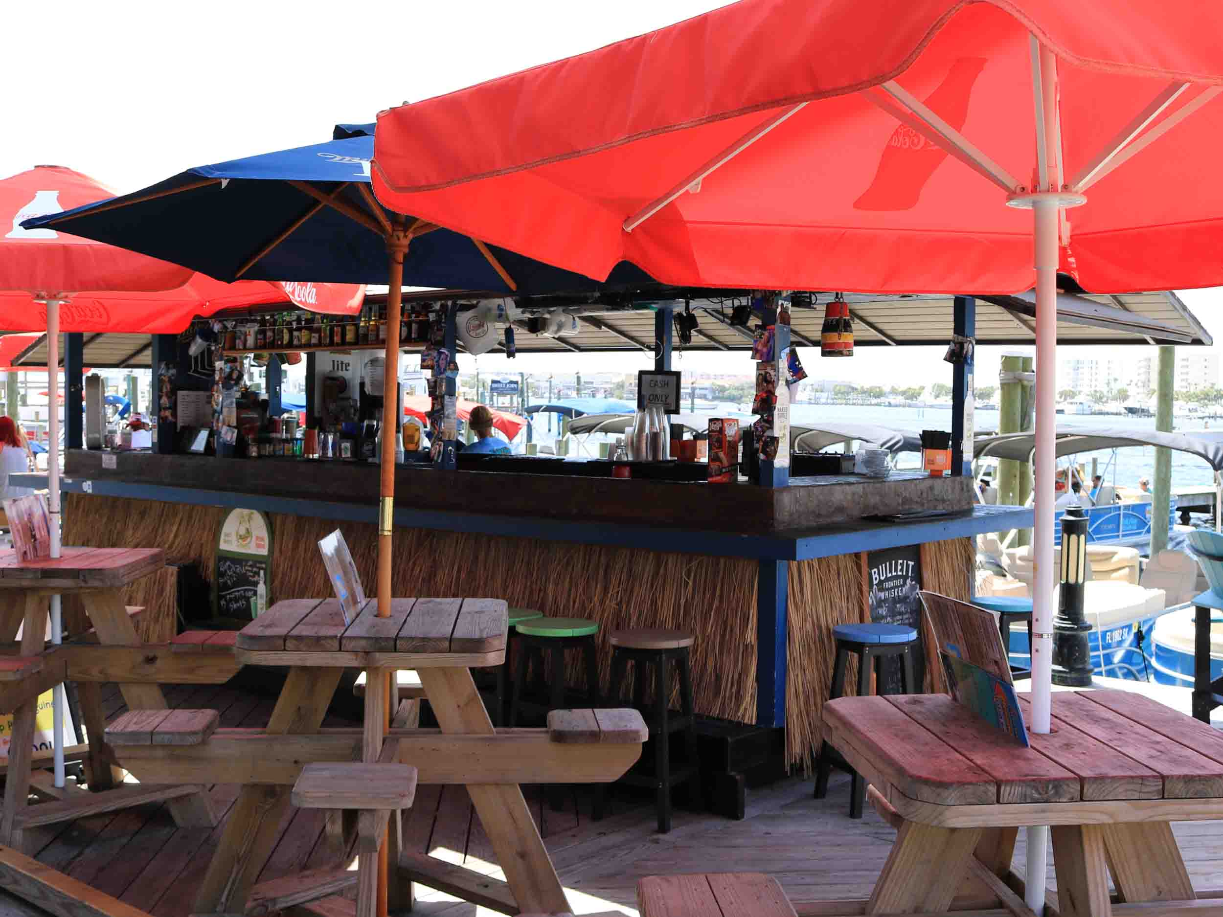Tailfins, Ale House, and Oyster Bar Seating Area