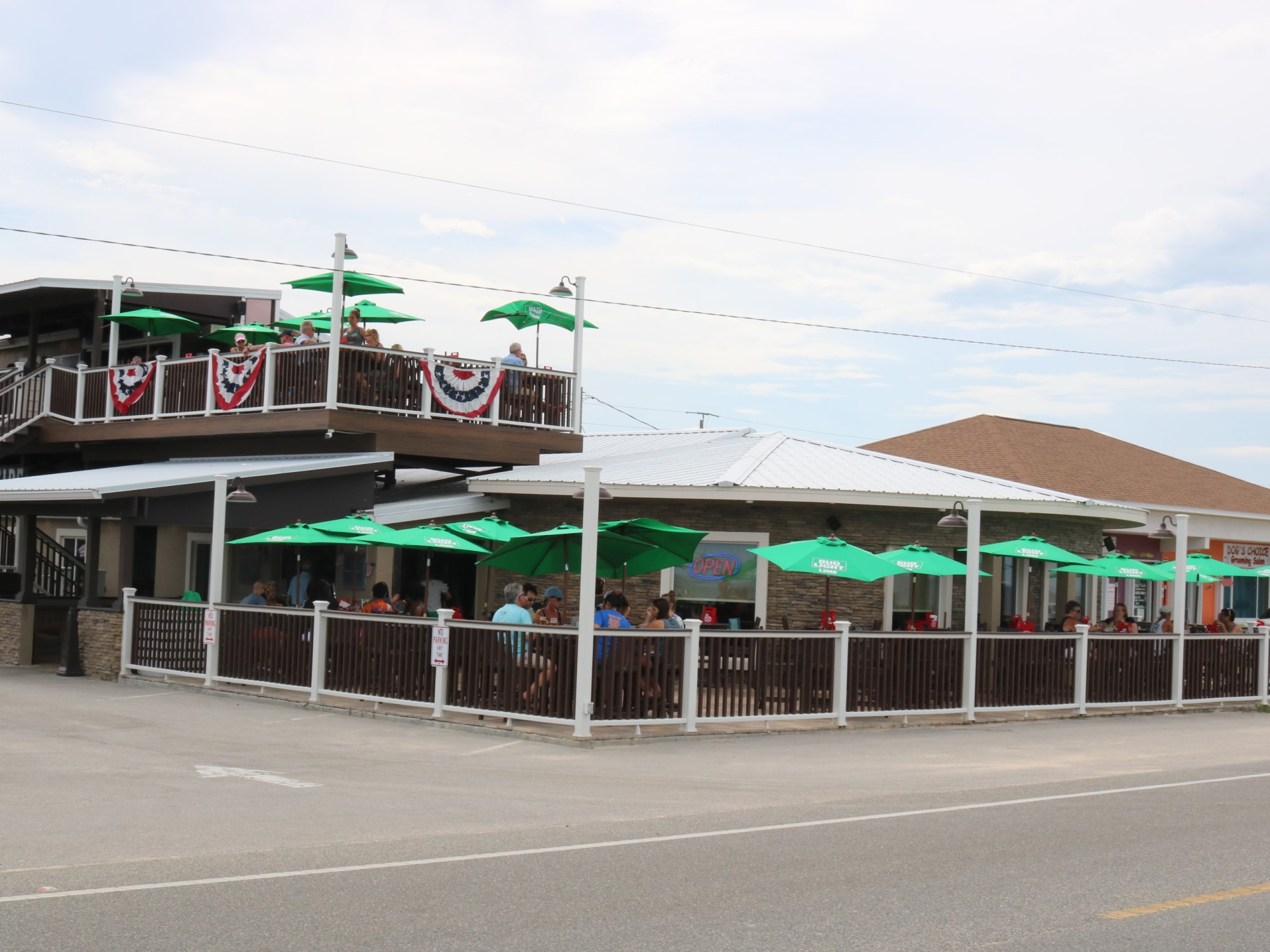 Oceanside Beach Bar and Grill Exterior