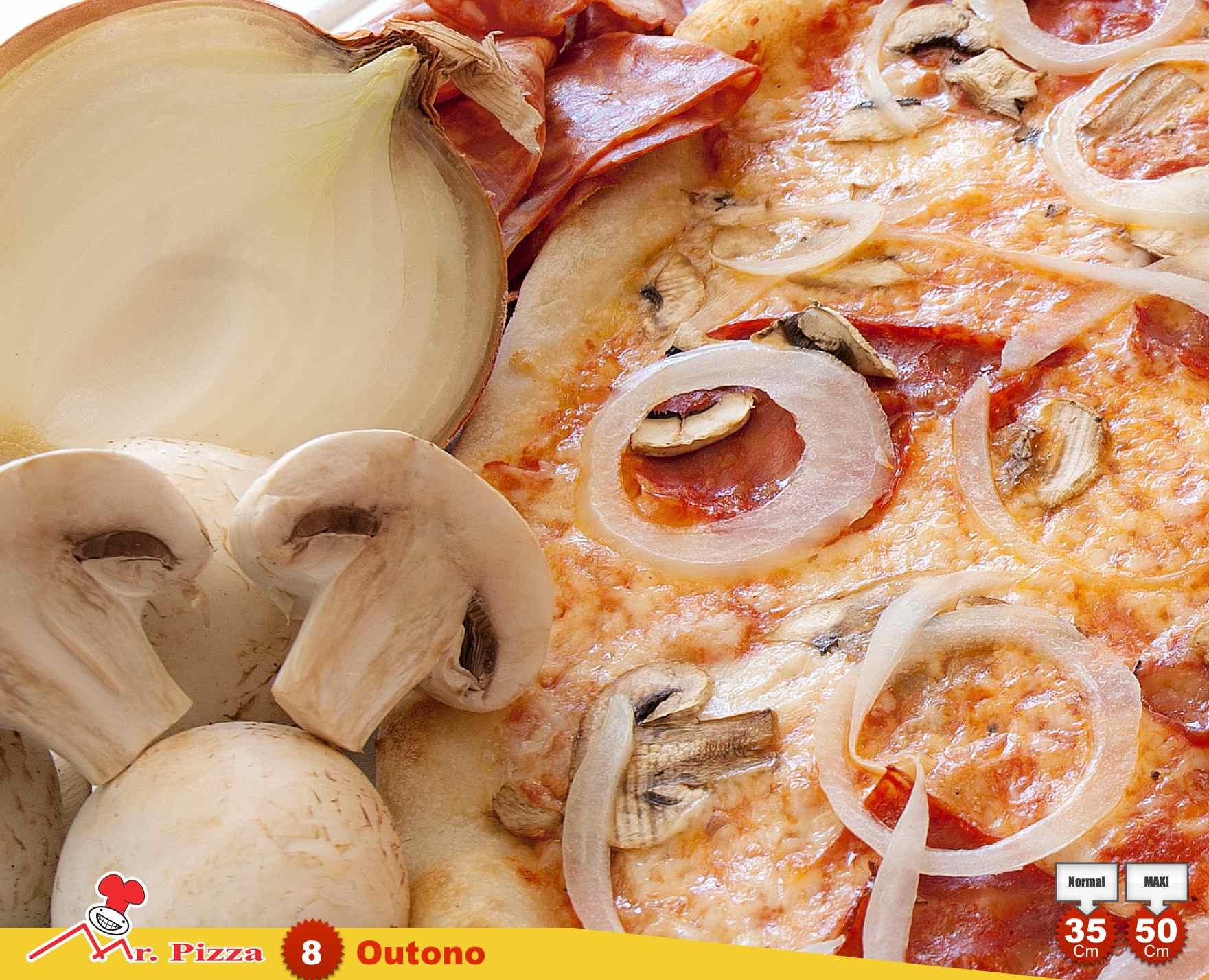 #8 - Outono  tomate . mozzarella . chouriço . cogumelos frescos . cebola . oregãos