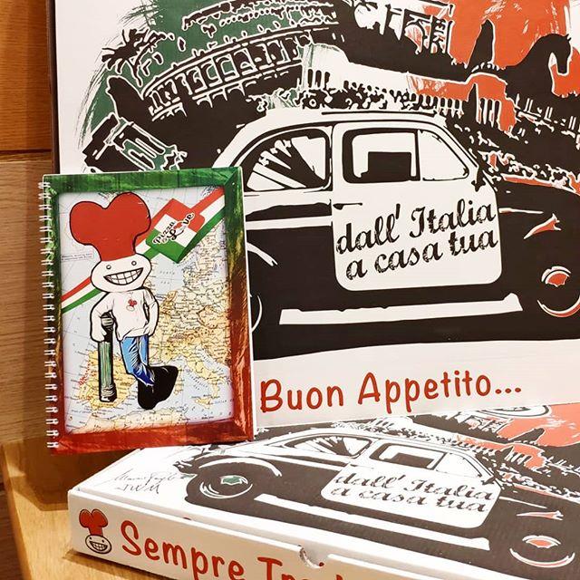 Edição N.4 - A Conquista... O regresso às Aulas é no Mr.Pizza!!! Pede um Ingrediente Extra em pizzas de tamanho Normal ou Maxi e recebe um Caderno Grátis!!! Excepto na pizza n.1 que só ao 4 ingrediente é que terá direito ao Caderno. Limitado ao stock existente.  Pede já o teu!  #mrpizzapt #mrpizza #pizza #pizzas #caderno #escola #conquista