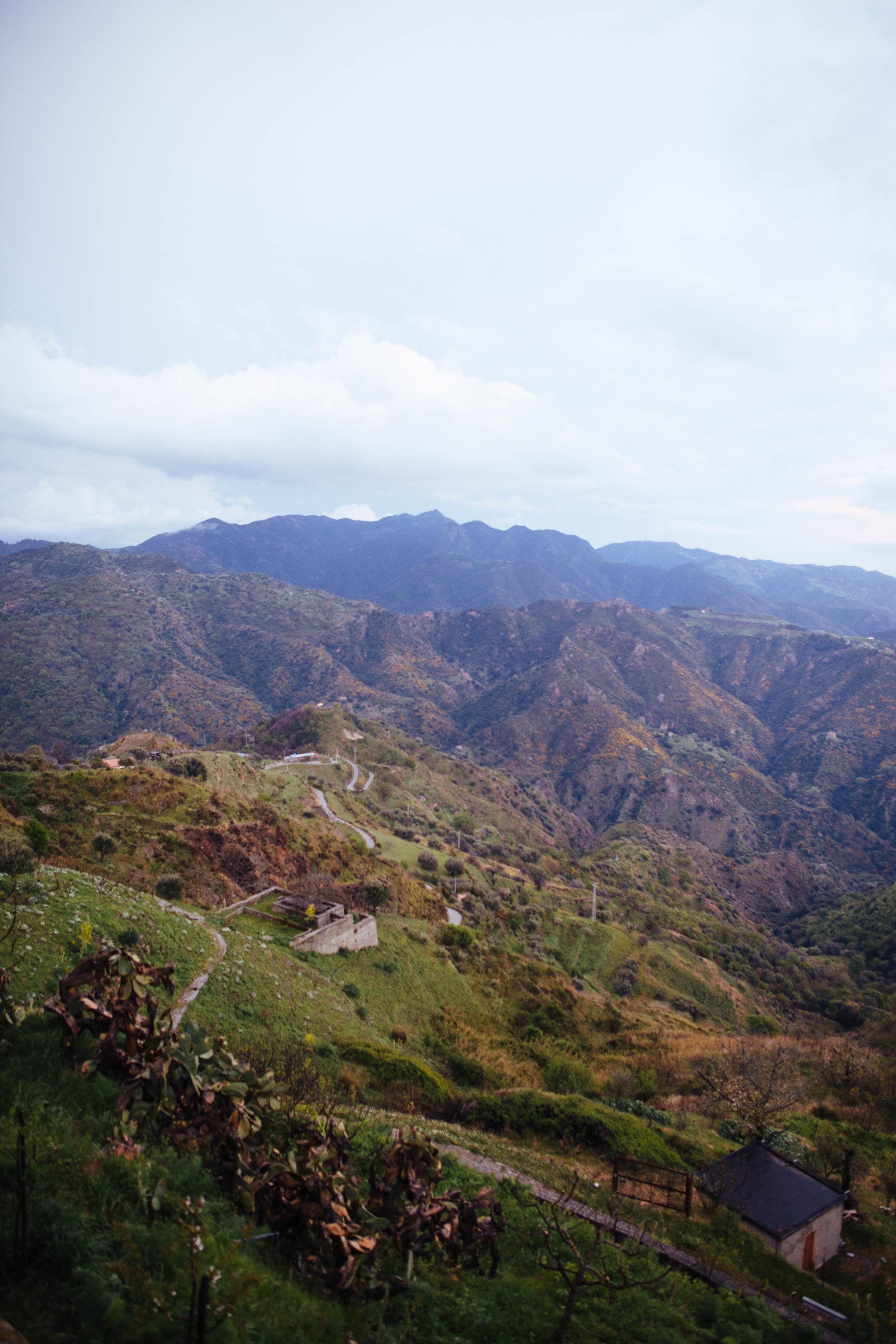 The mountainous countryside surrounding Bova.