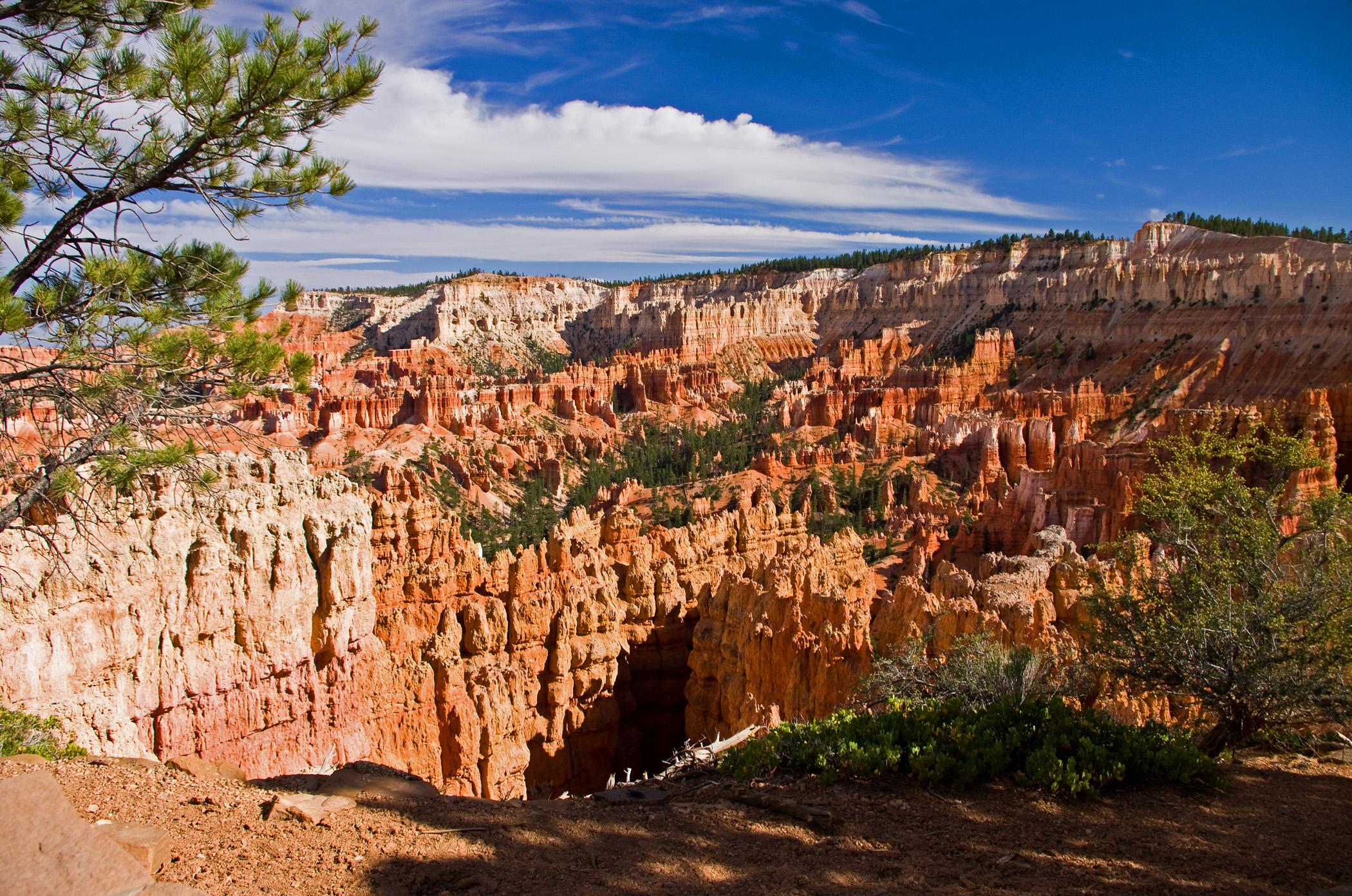 Bryce canyon at 2100.jpg