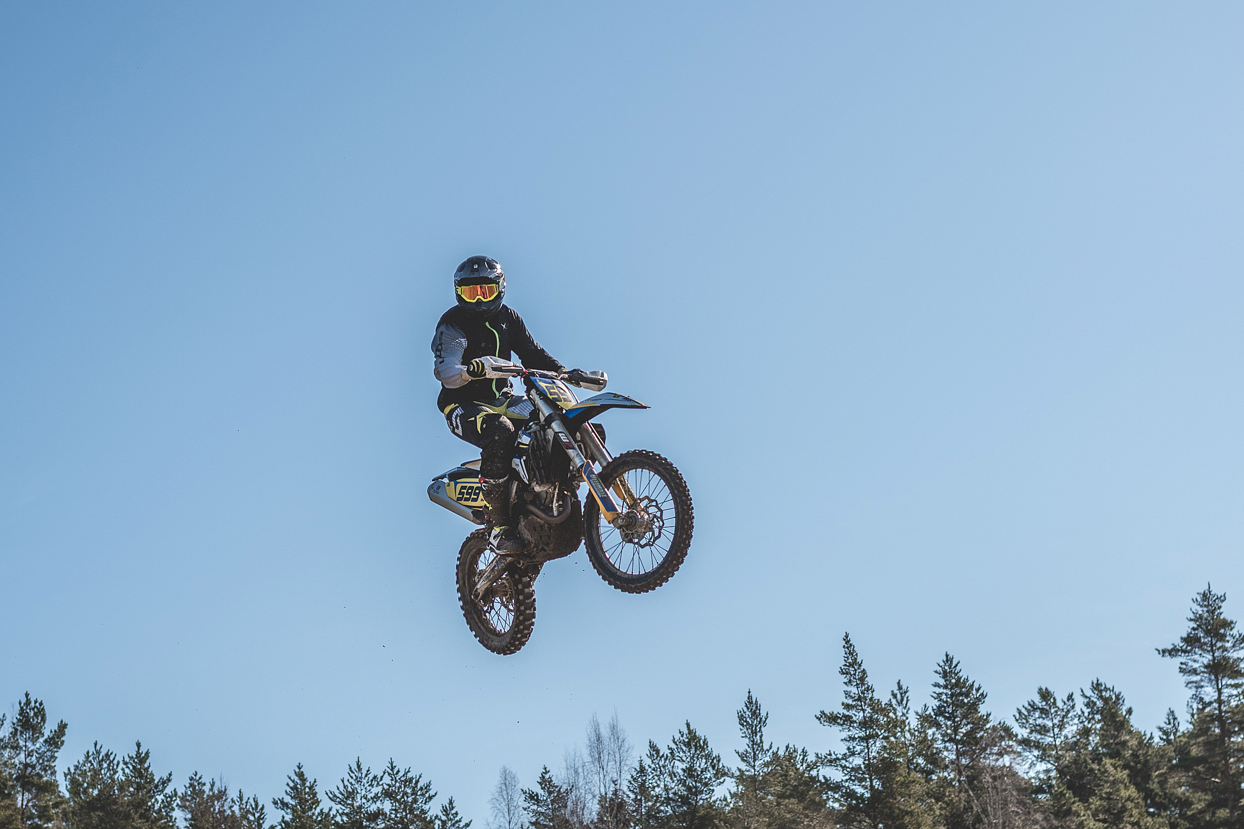 Motocross förare