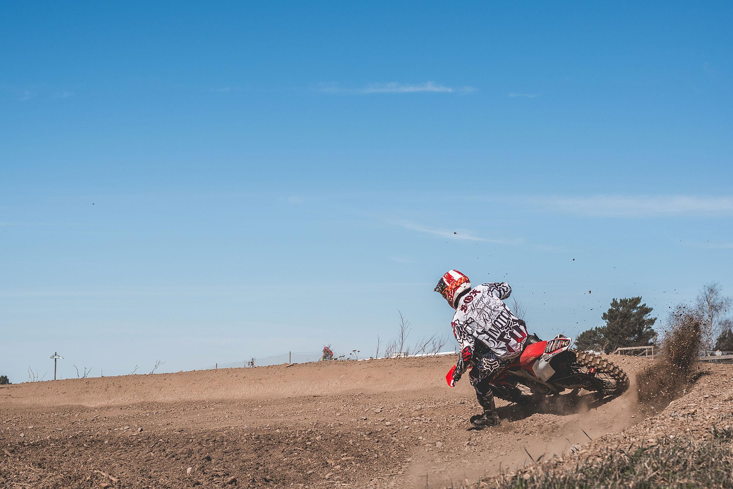 Motocrossförare