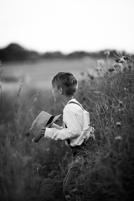 Barnporträtt i Vallmofält