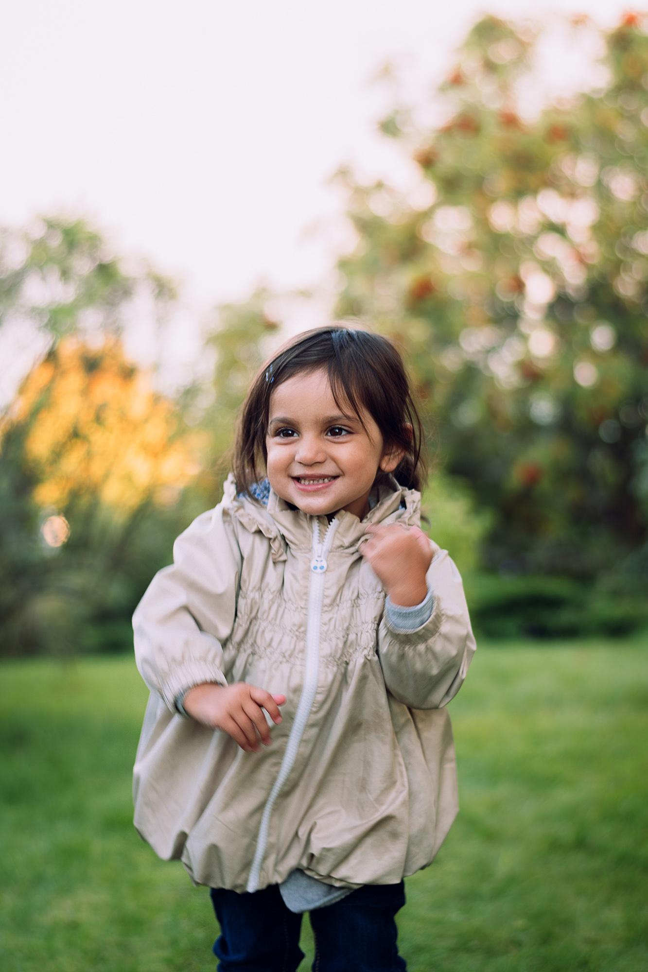 Barnporträtt liten tjej