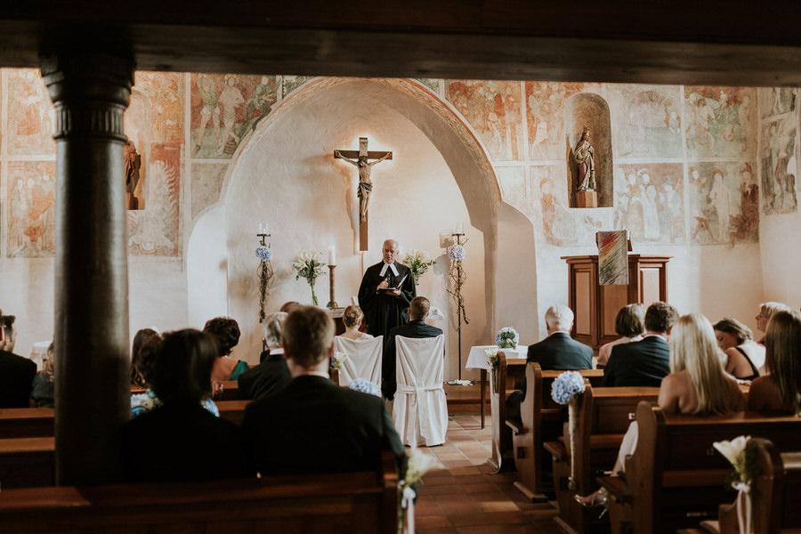 Trauung in der Kirche Lauchheim Hochzeitsfotograf Aalen