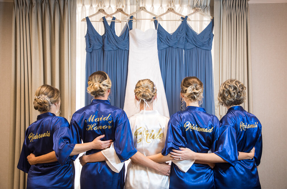 Bride and bridesmaids portrait on wedding day in Annapolis, Md.