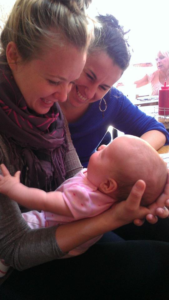 Me + Linds + Kratzer baby.JPG