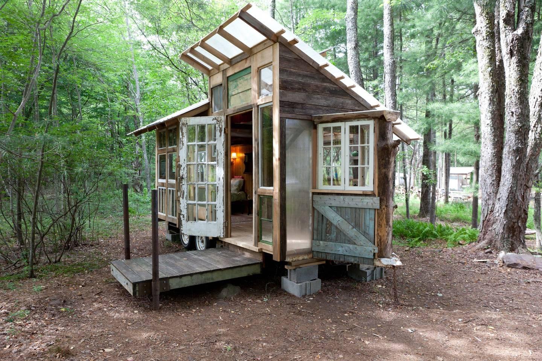 Catskills upcycled tiny house