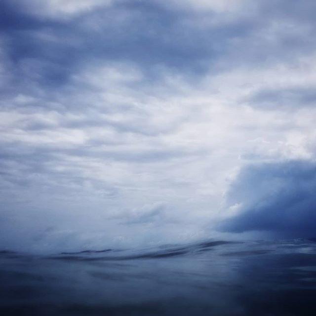 OM 69  #marilynjgalosy #mjgomseries #photography #monochrome #colorphotography #landscapephotography #landscape #artists #photographers #sea #wave #moody #deep #om #meditation #innervoice