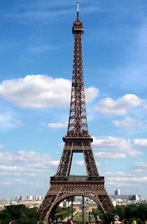 Eiffel-Close