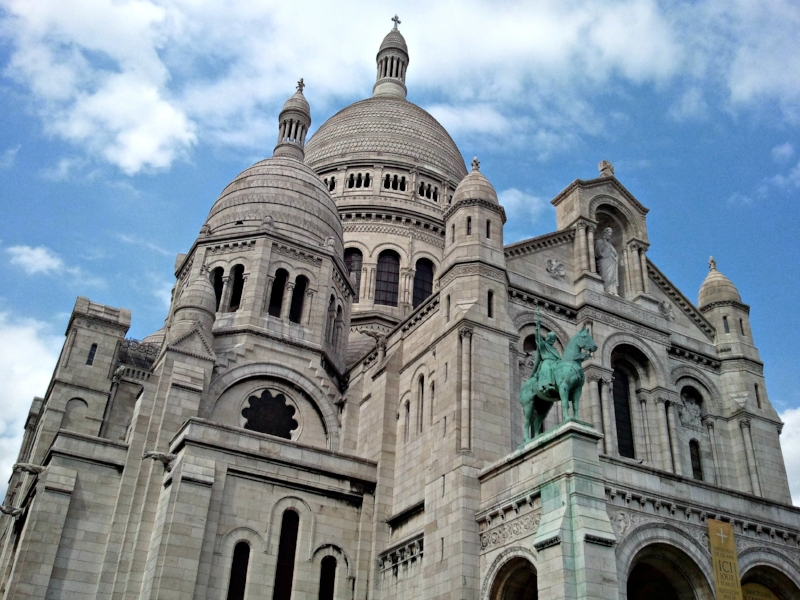 The  Sacré-Cœur Basilica on Montmartre