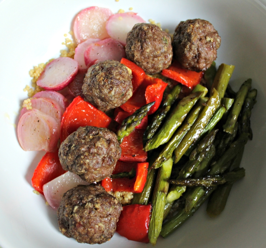 Lattes-Life-Luggage-Grilled-Lamb-Meatballs-Quinoa-Roasted-Veggies-5.0.jpg