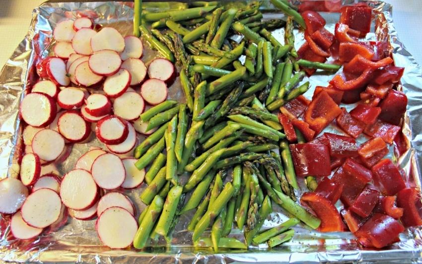 Lattes-Life-Luggage-Grilled-Lamb-Meatballs-Quinoa-Roasted-Veggies-2.0.jpg