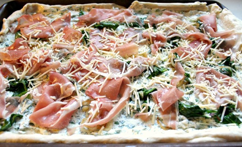 Lattes-Life-Luggage-Prosciutto-Ricotta-Pizza-4.0.jpg