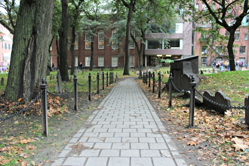 I didn't take any formal tours while visiting Boston but I did closely follow a few while visiting places like the Granary Burial Ground which filled my brain with a few new random facts about American history. Everyone is obsessed with Hamilton right now!