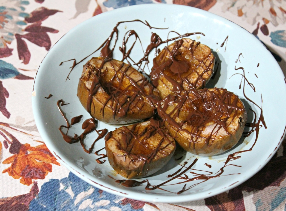 Baked Spiced Pears with Dark Chocolate Drizzle 4.0.jpg