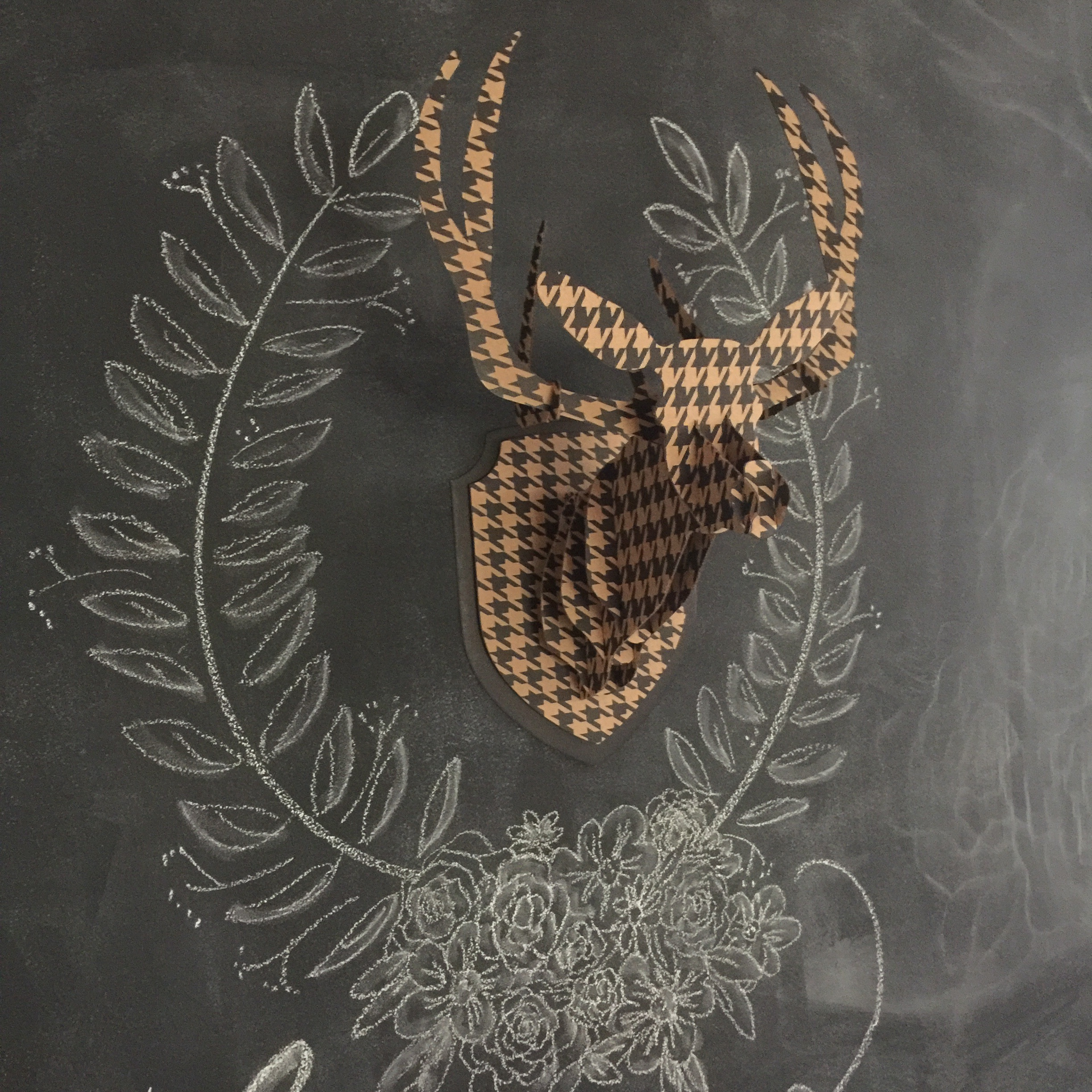 Chalk decor for Christmas. I miss this stag head - I would have loved to keep it up all year long!